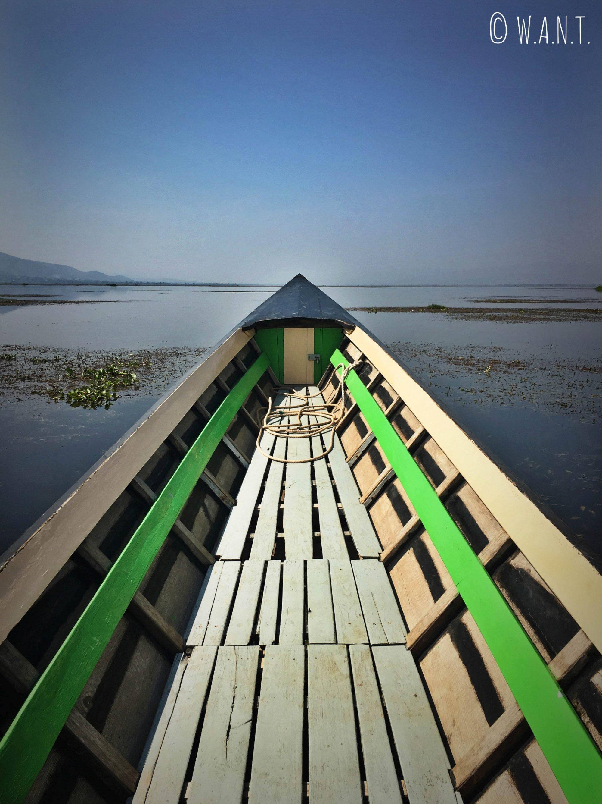Longboat sur le Lac Inle