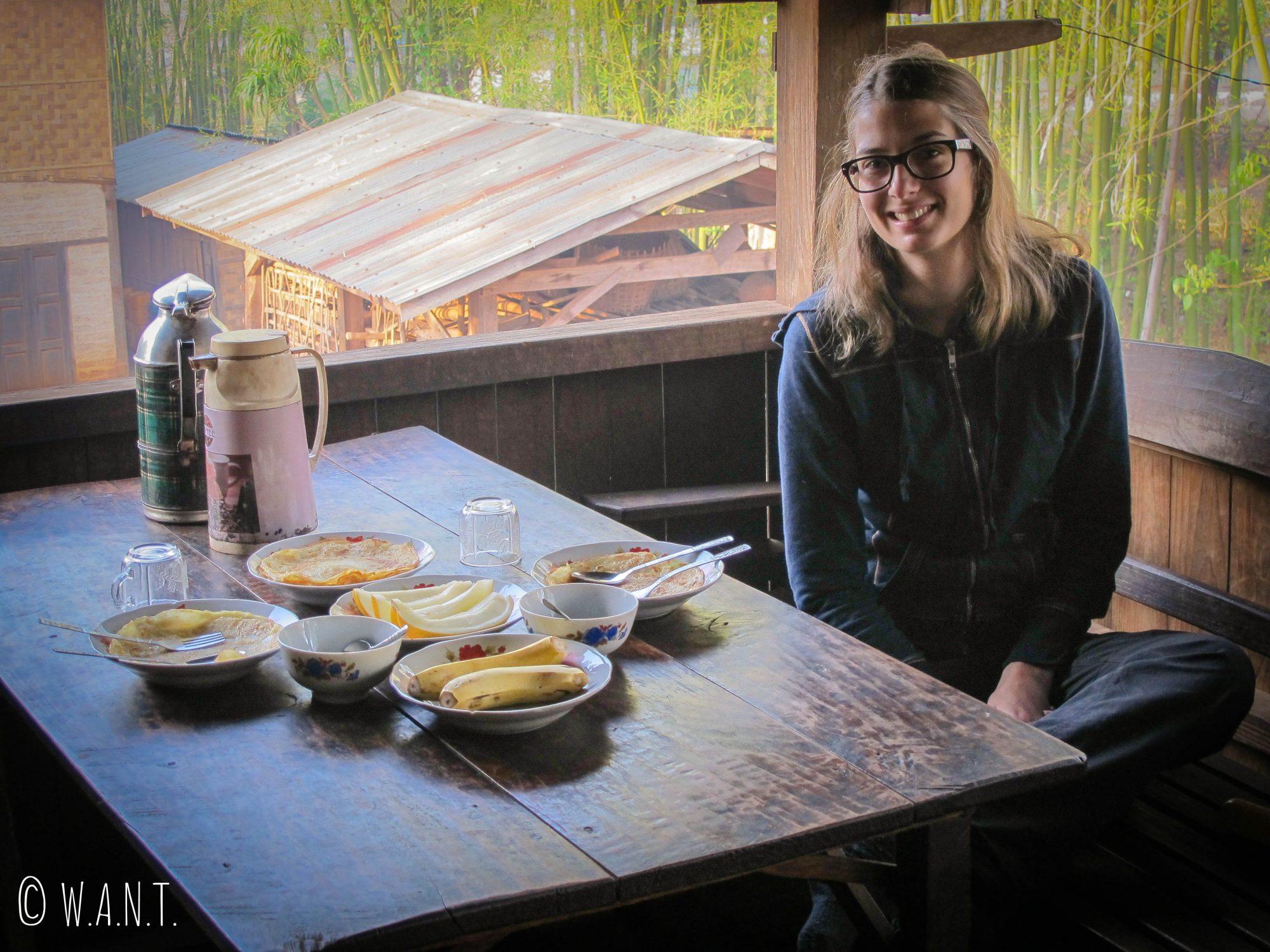 Pancakes maison pour le petit-déjeuner