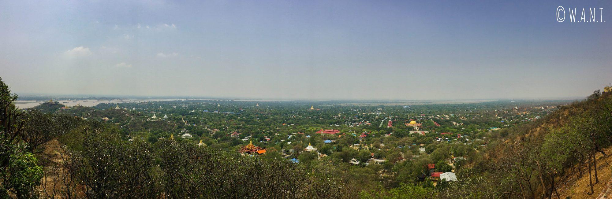 Panorama sur Sagaing depuis la pagode Soon U Ponya Shin