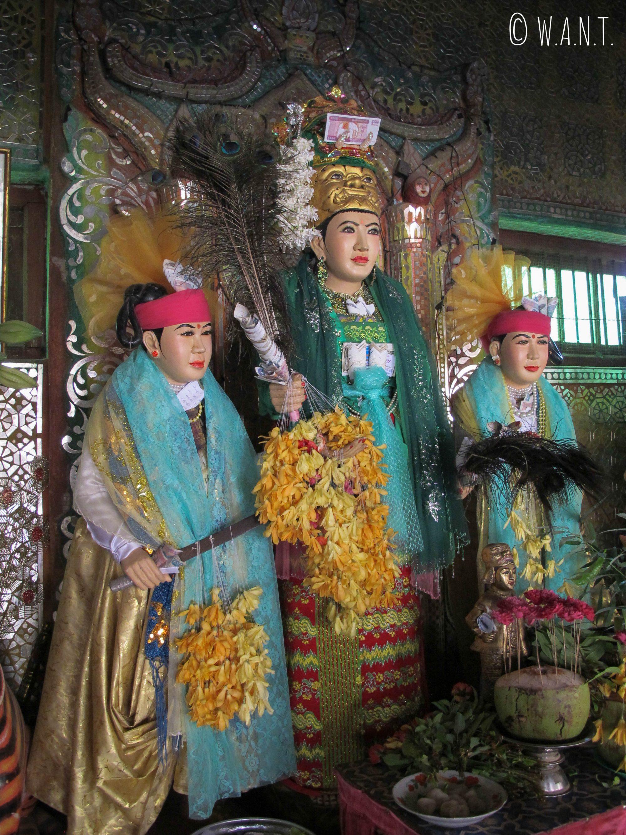 Représentation de 3 des 37 esprits qui vivent sur le mont Popa