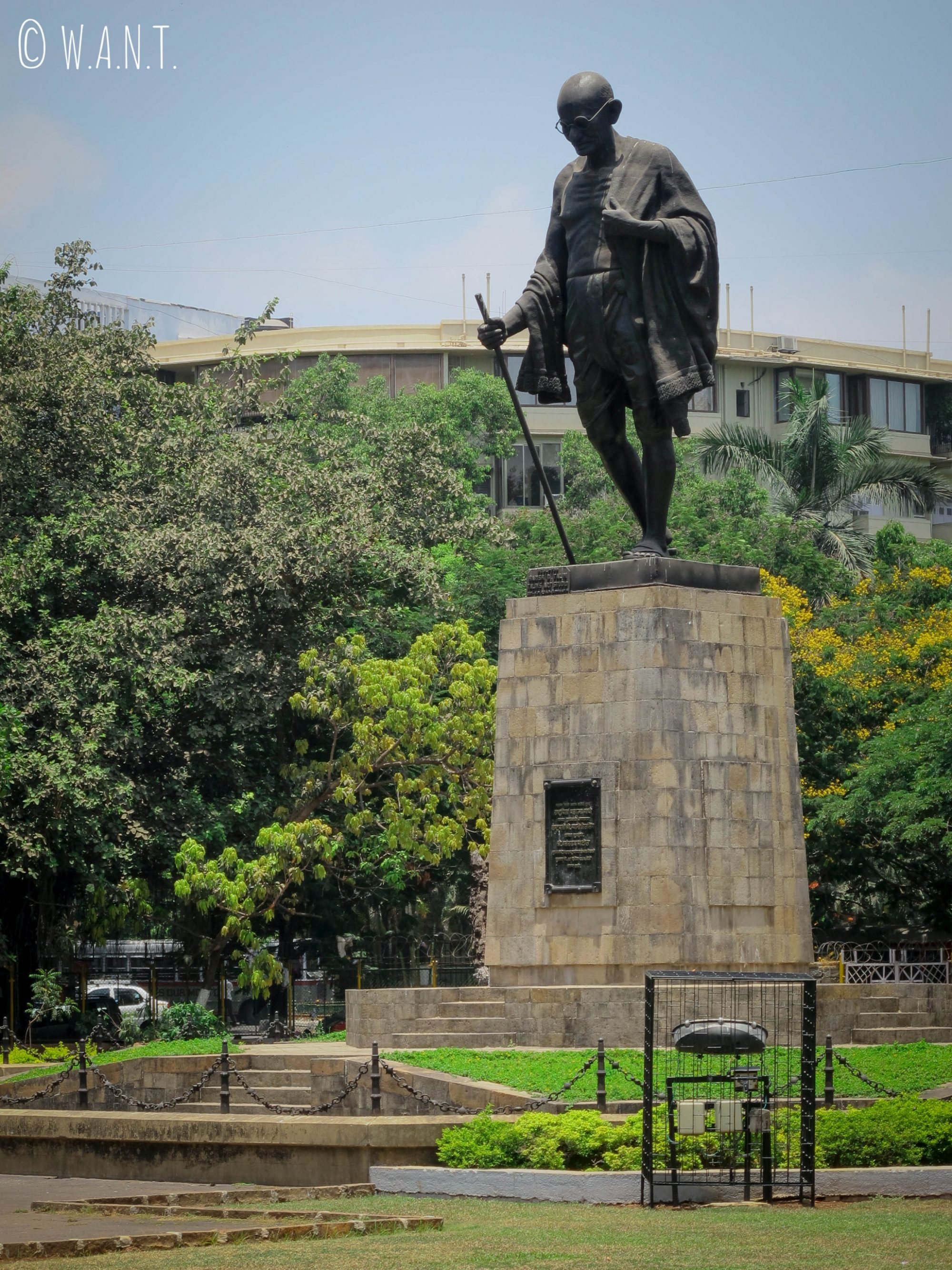 Statue de Gandhi sur la rue Madame Cama