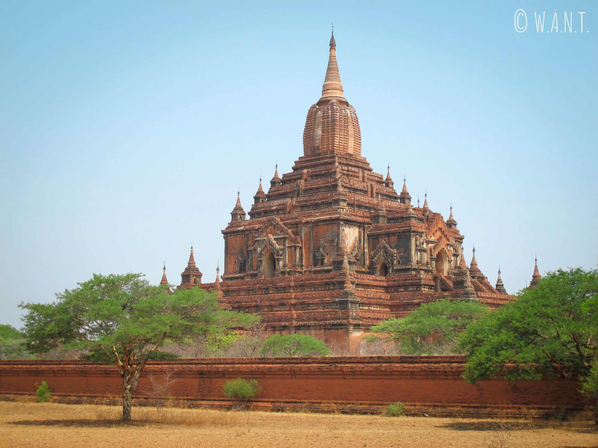Vue opposée du Temple Sulamani