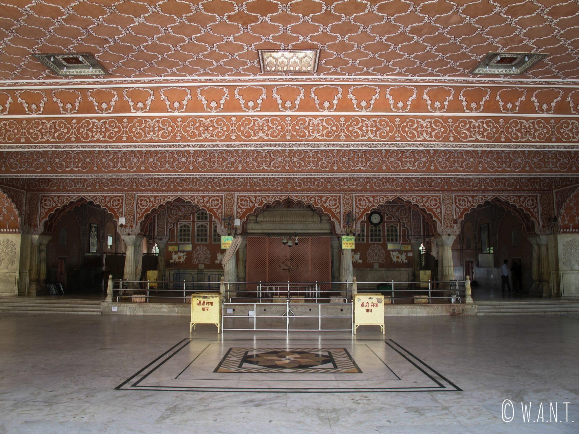 Intérieur du temple Govind Devji de Jaipur