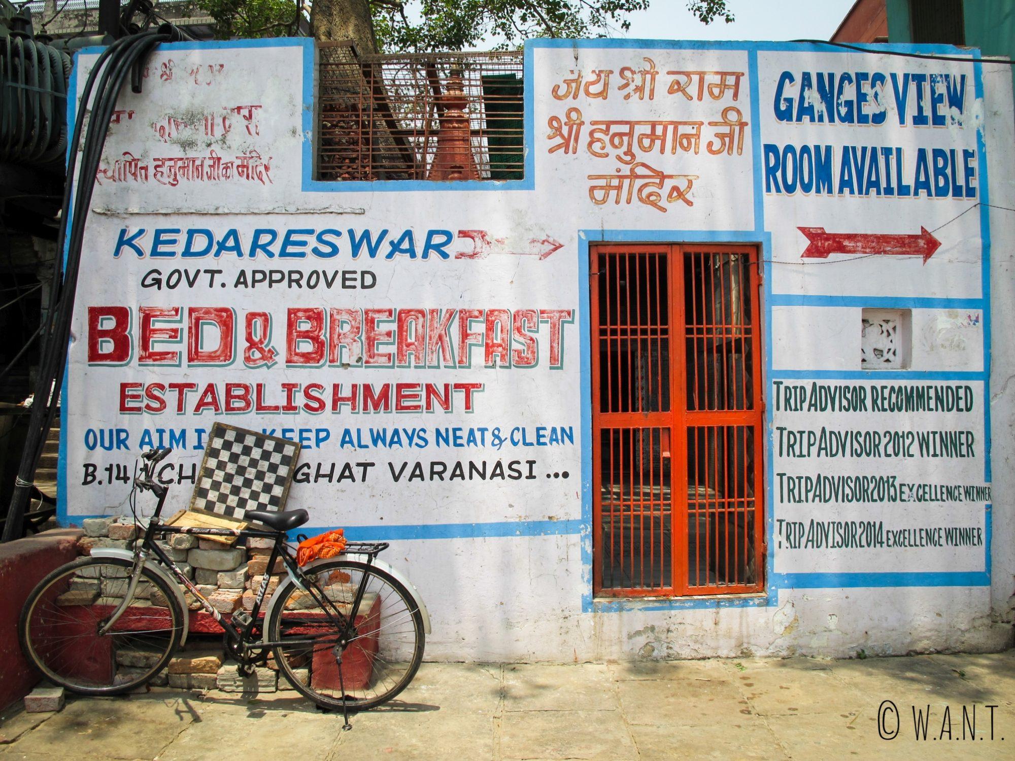 Notre hôtel, le Kedareswar, est situé sur le Chowki ghat