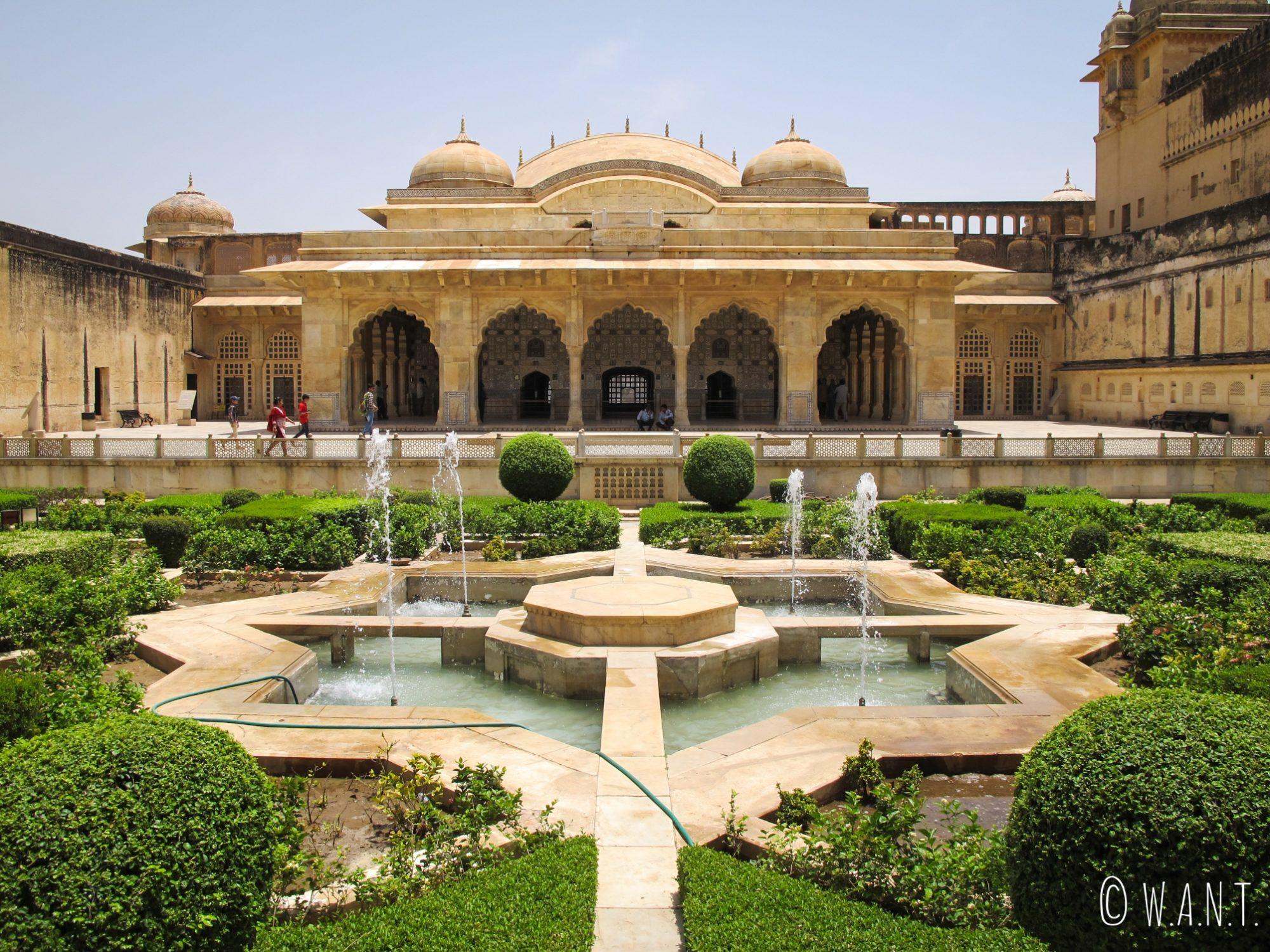 Patio à l'intérieur du fort d'Amber à Jaipur