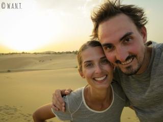 Petit selfie devant le merveilleux coucher de soleil sur les dunes du désert du Thar