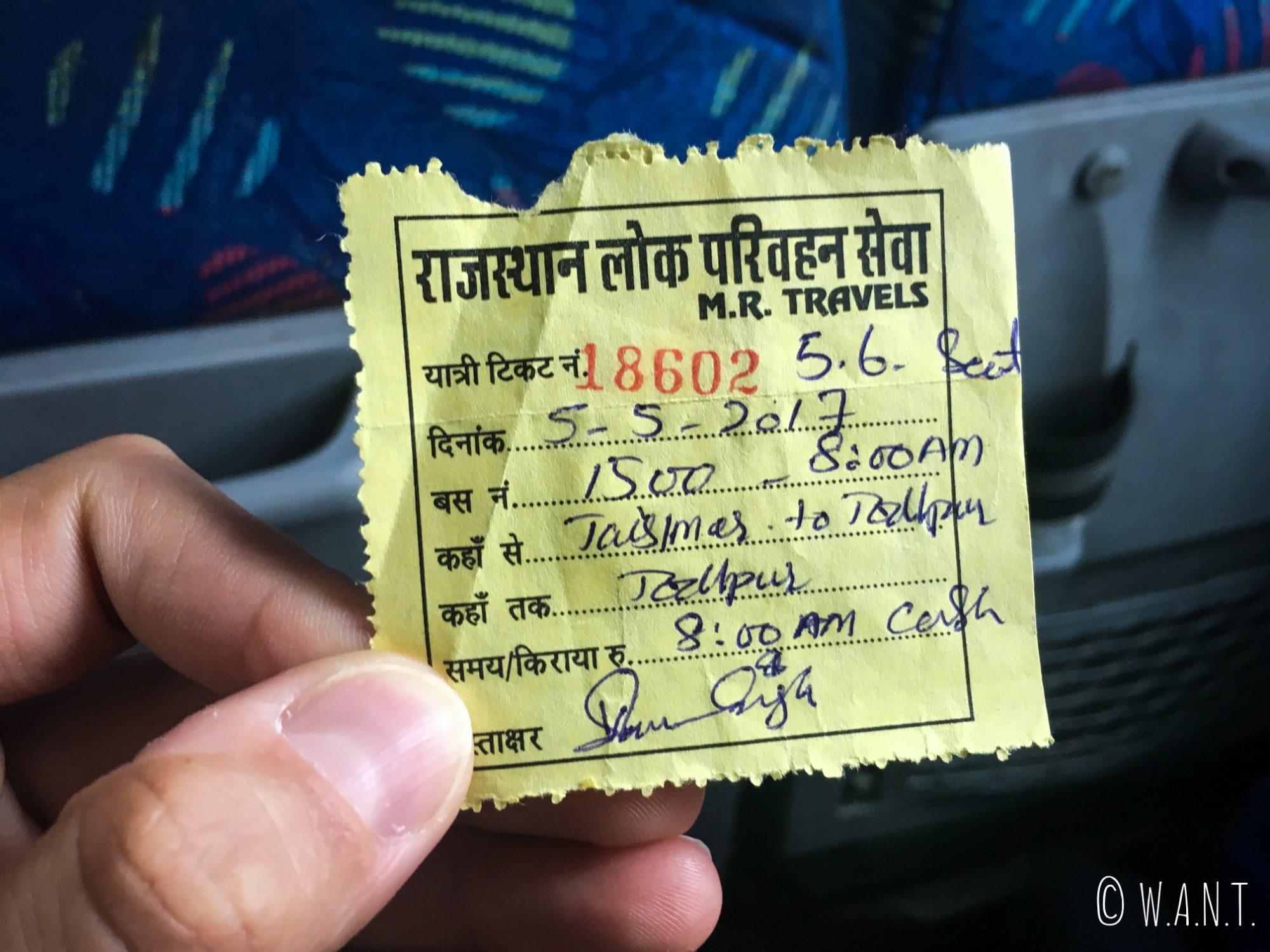 Ticket de bus nous permettant de rejoindre Jaisalmer à Jodhpur en cinq heures