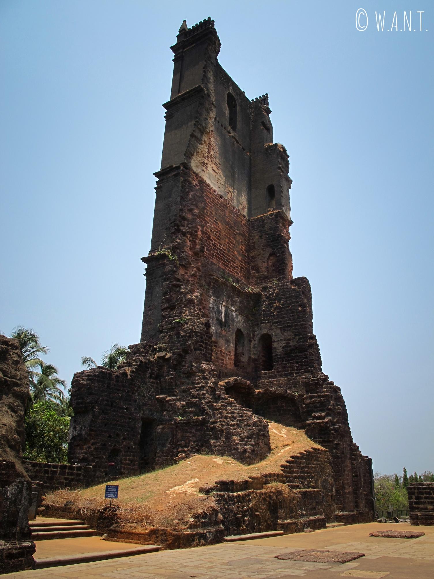 Tour Sainte Augustine, emblème symbolique de l'église détruite