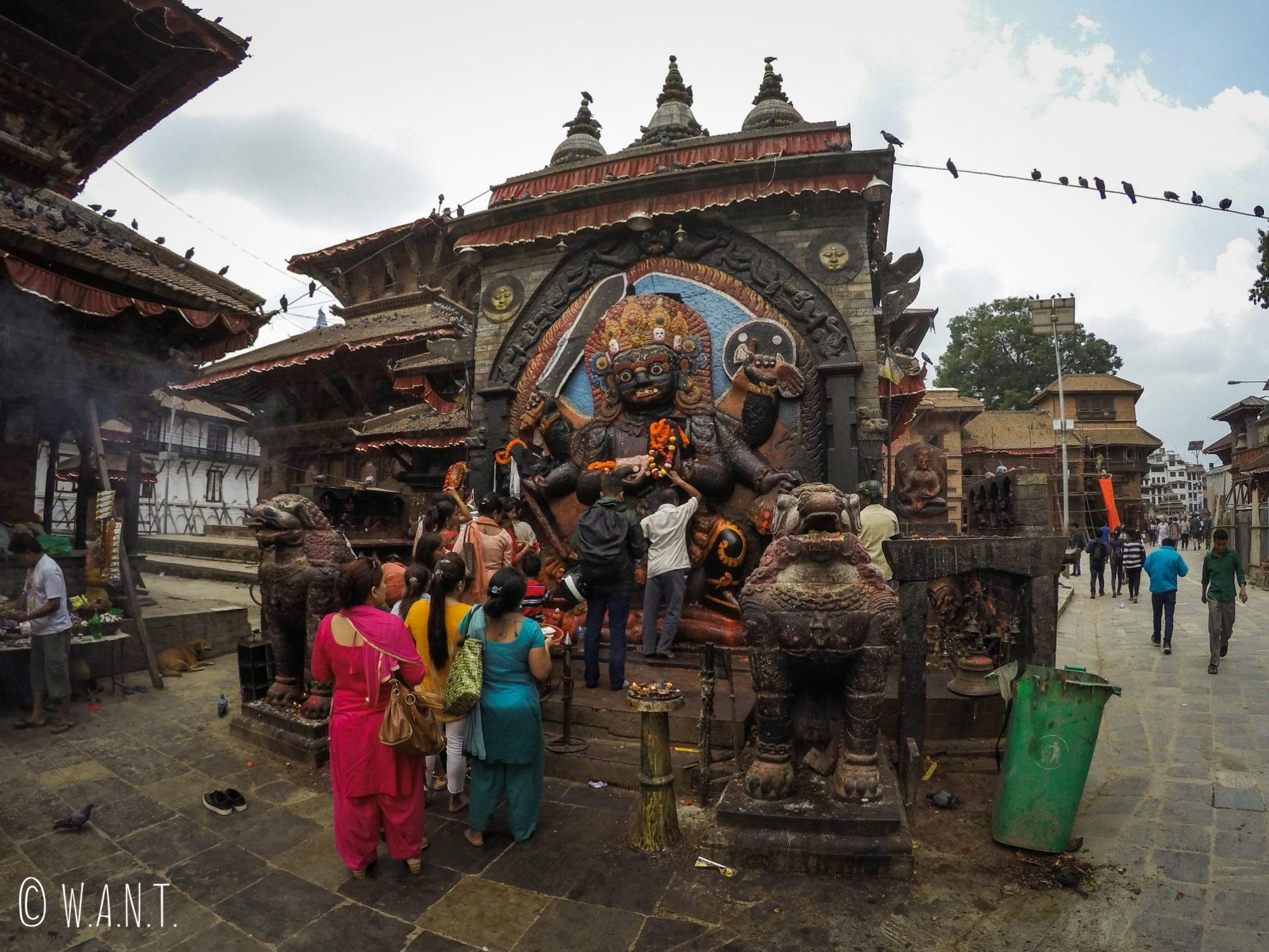 Au Durbar Square, le Kal Bhairav est la représentation de Shiva sous sa forme destructrice
