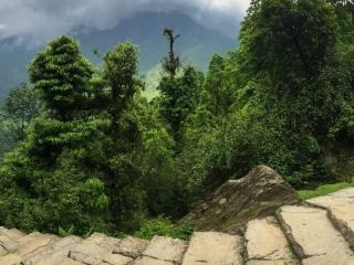 Chhomrong est une étape difficile pour le mental, tellement ce village compte de marches