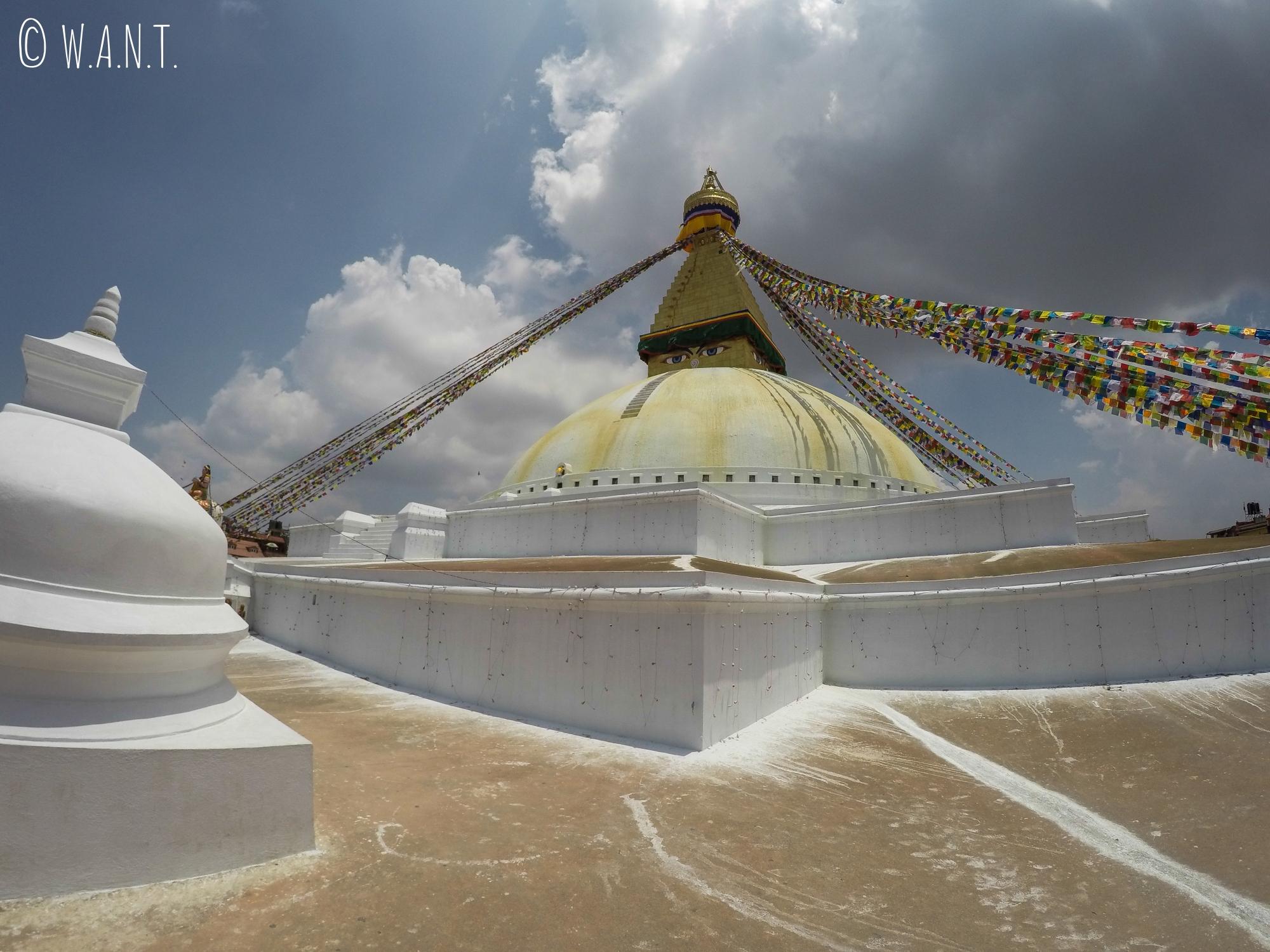 Vue sur le stupa Bodnath à Katmandou