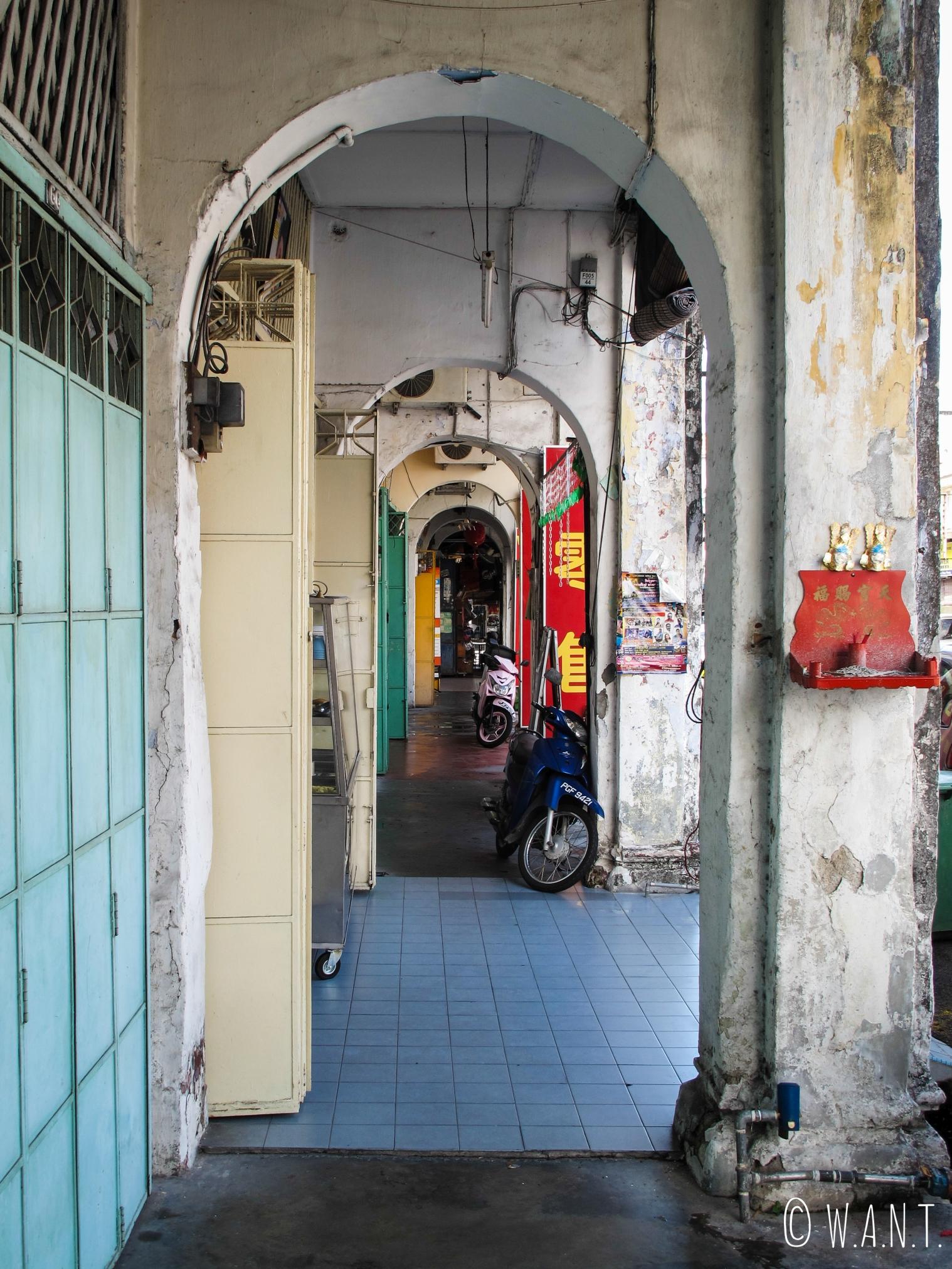 Arcades dans les rues de Georgetown à Penang