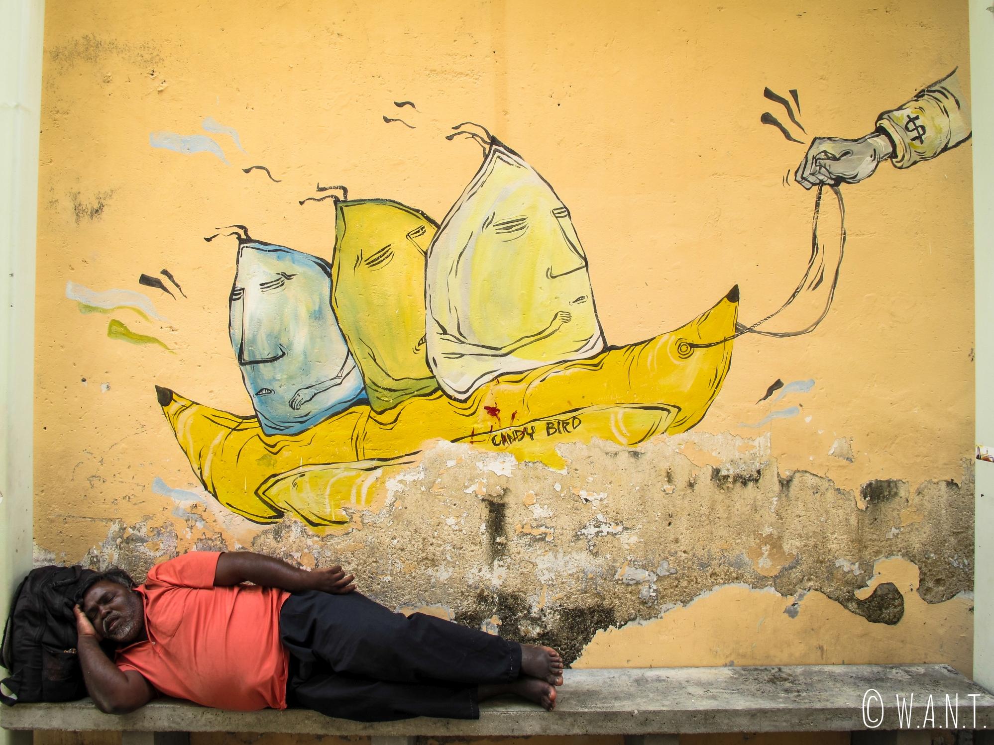 Art de rue de l'artiste Candy Bird dans Georgetown à Penang