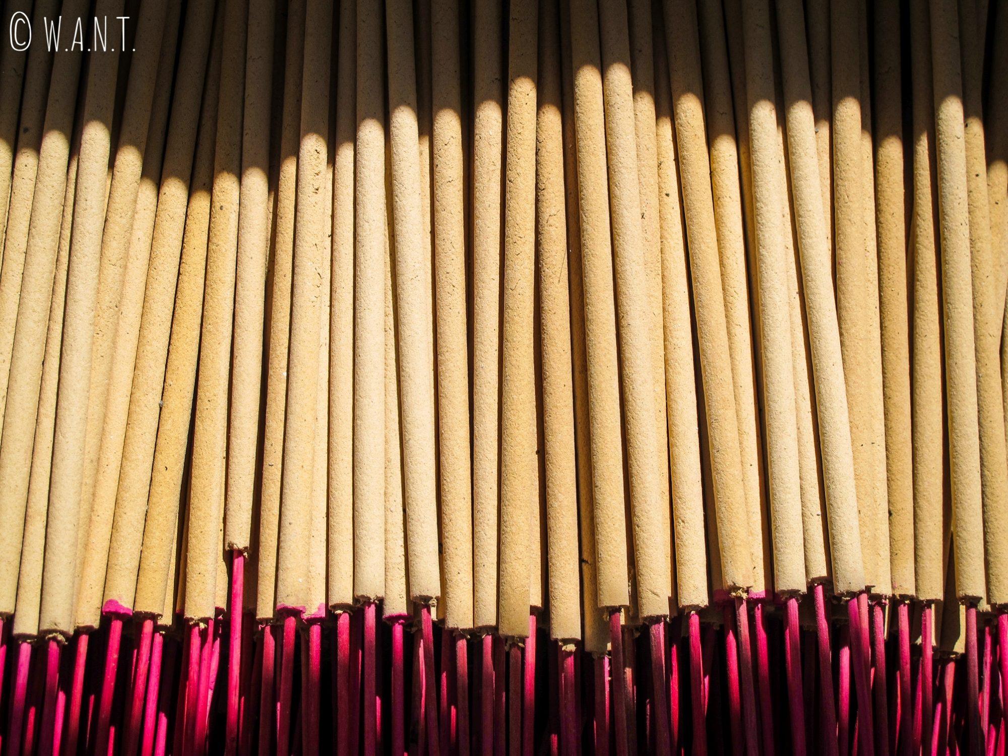 Bâtons d'encens vendus dans les temples chinois de Georgetown à Penang