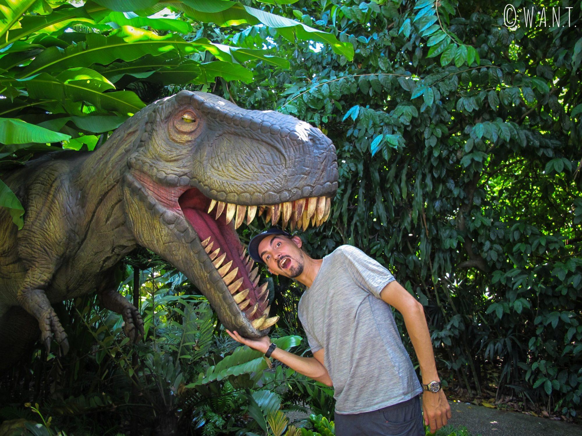 Benjamin s'est trouvé un nouvel ami au zoo de Singapour