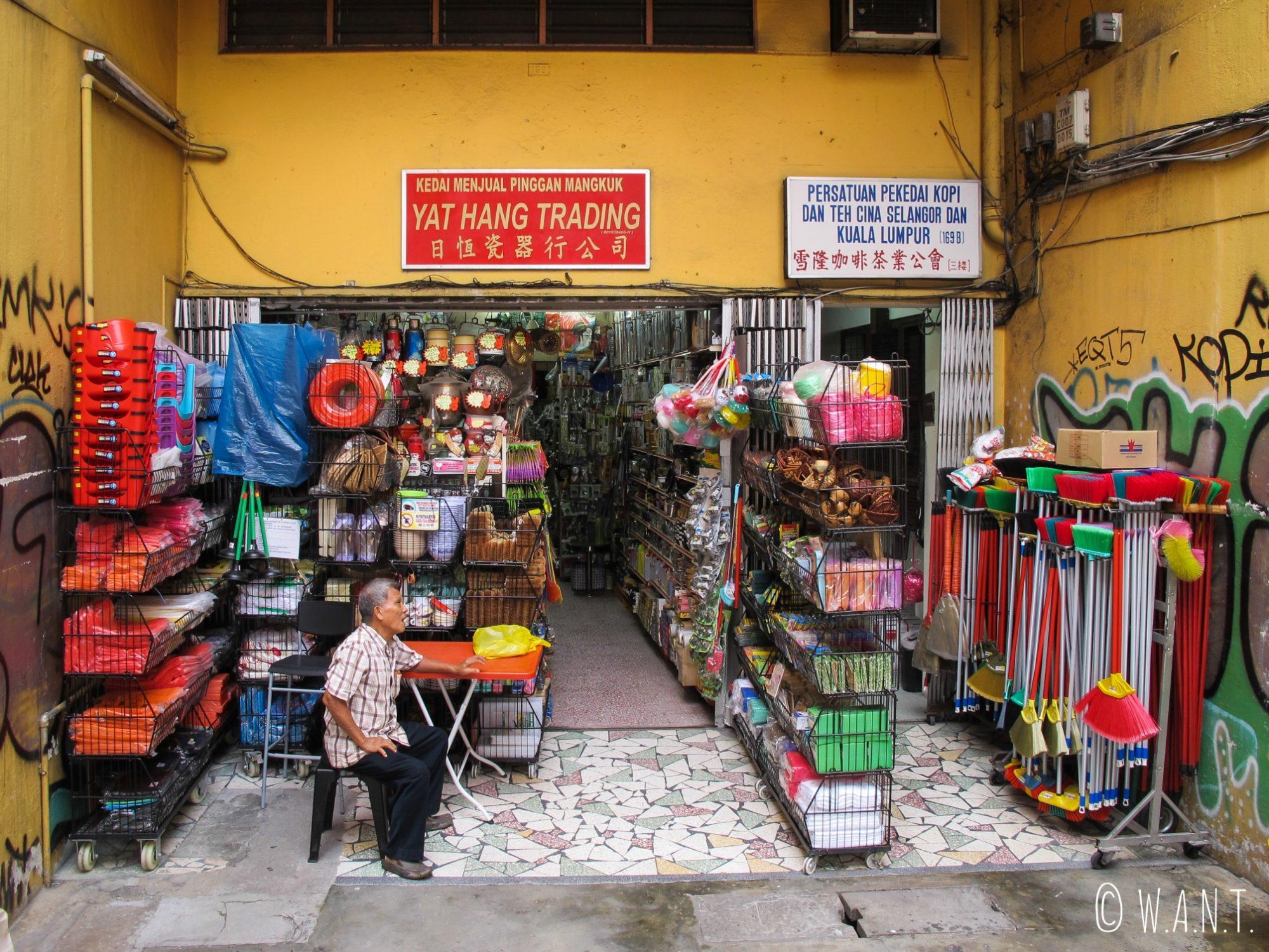 Echoppe dans le quartier de Chinatown de Kuala Lumpur