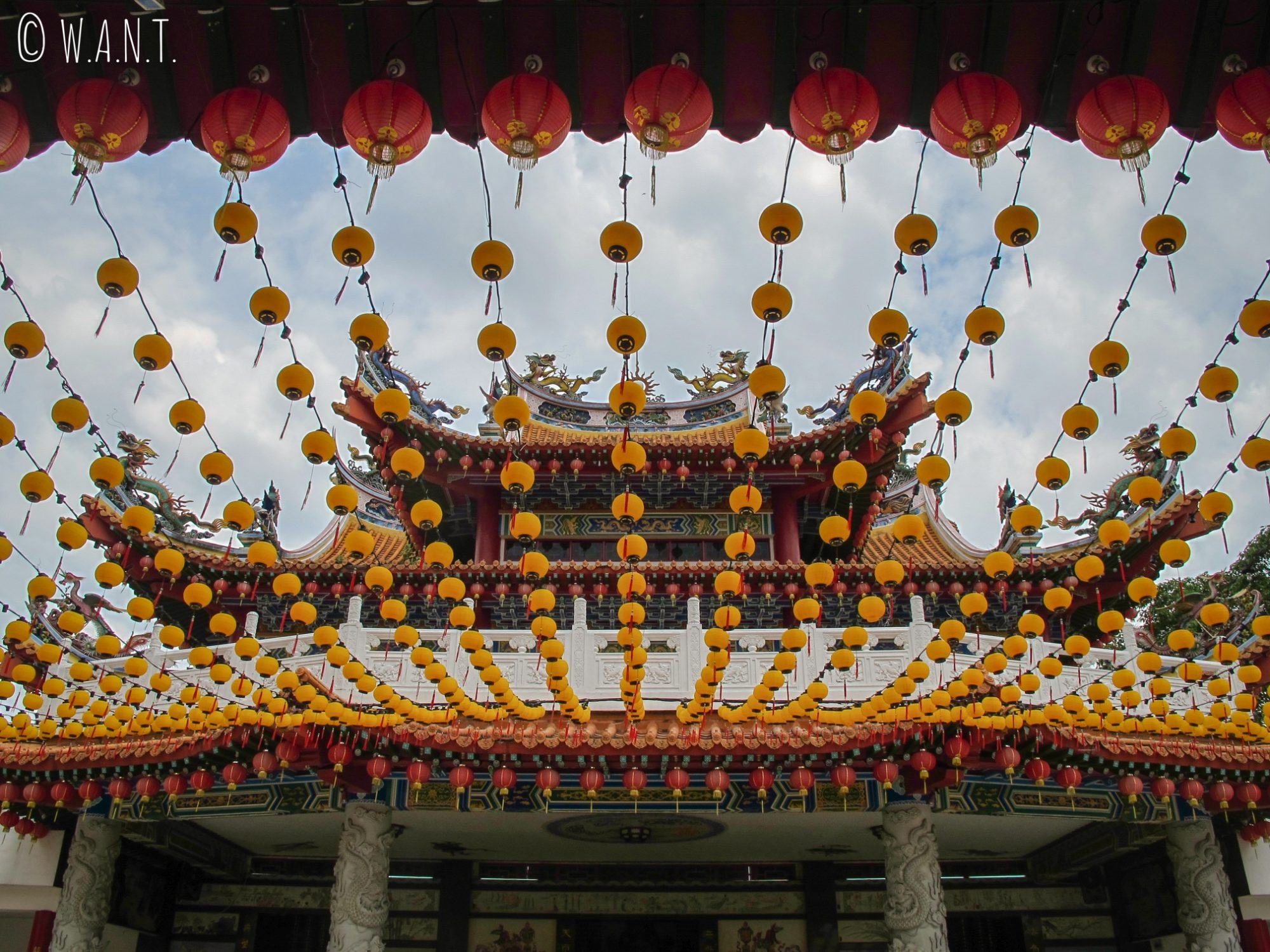 Façade du temple chinois Thean Hou Temple de Kuala Lumpur