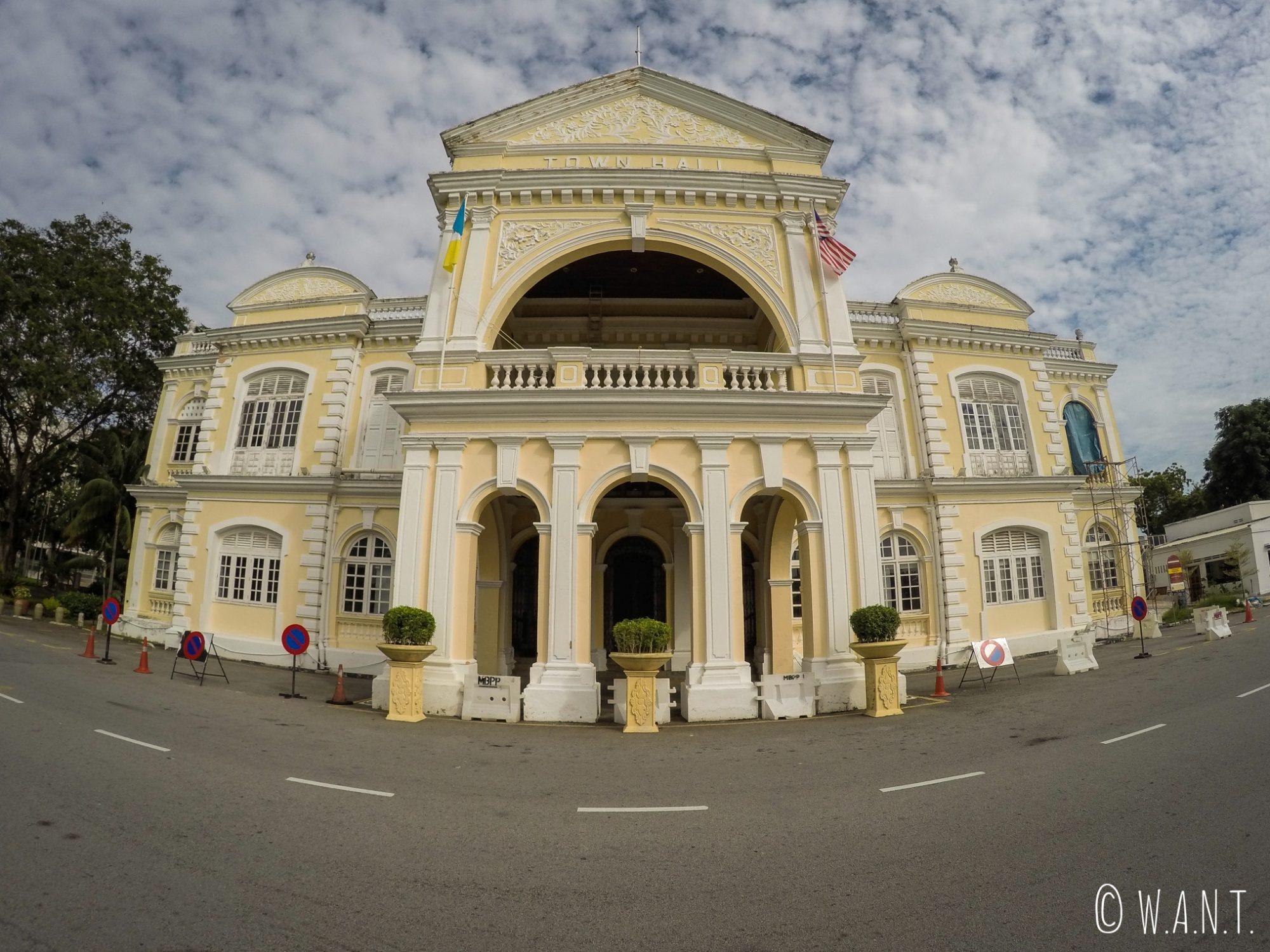 Le Town Hall jouxte le City Hall à Georgetown sur l'île de Penang