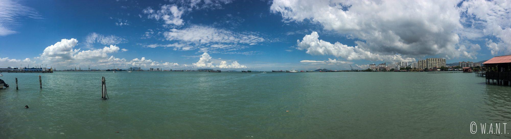 Panorama depuis le bout de Chew jetty à Penang