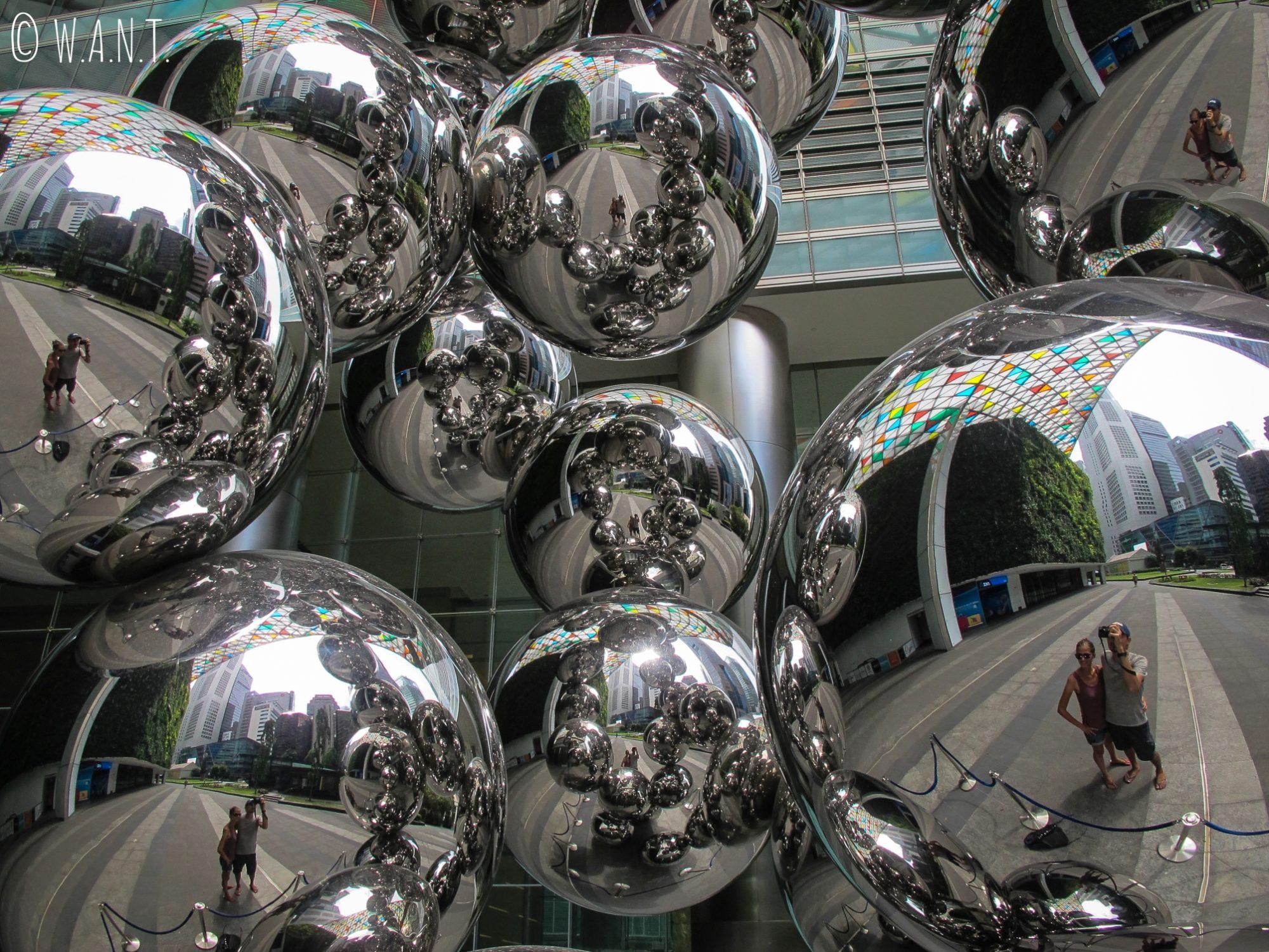 Selfie dans le quartier des affaires de Singapour