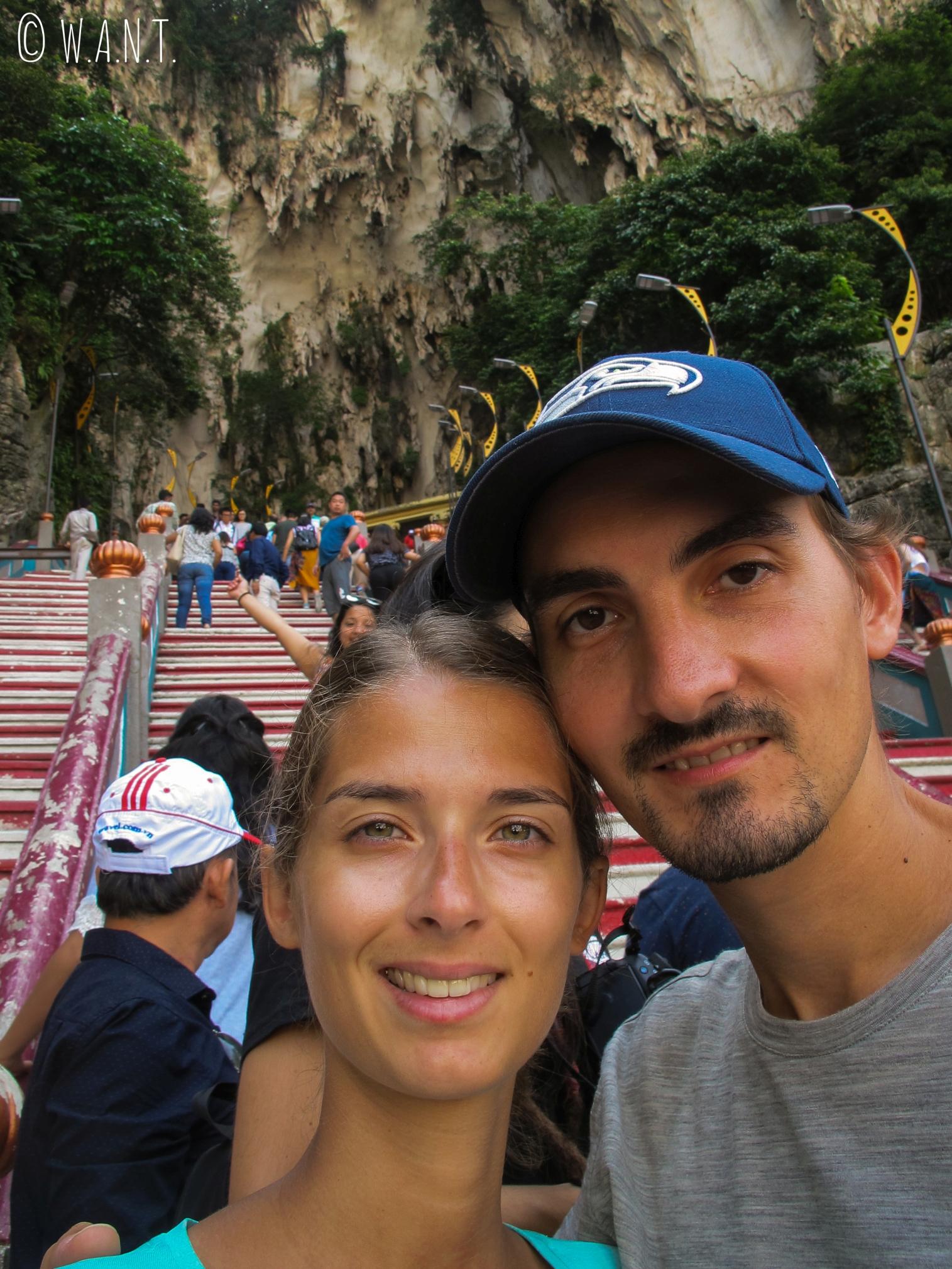 Selfie dans les 272 marches donnant accès aux Batu Caves