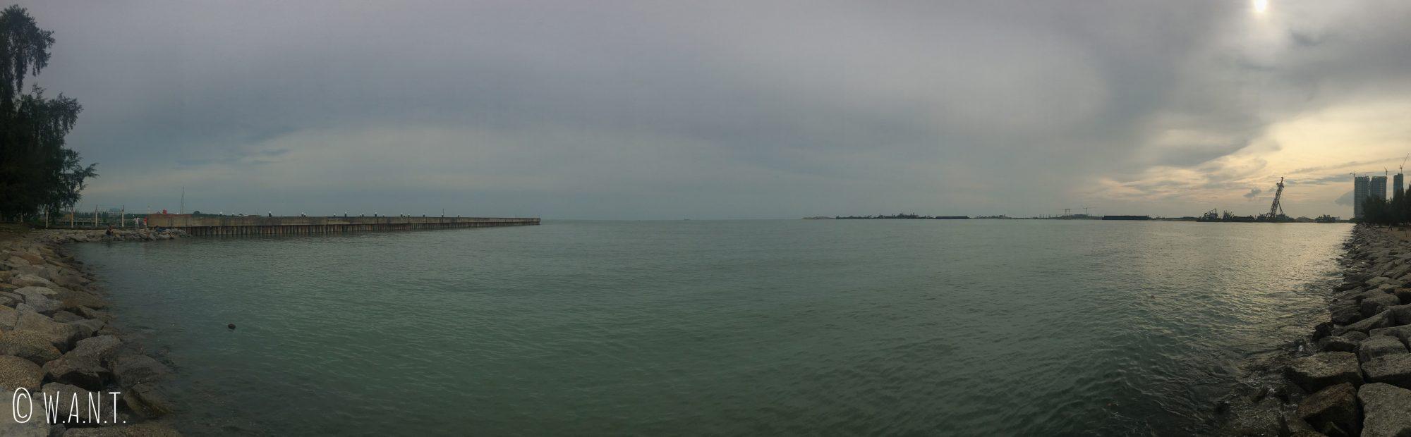 Vue panoramique sur le détroit de Malacca