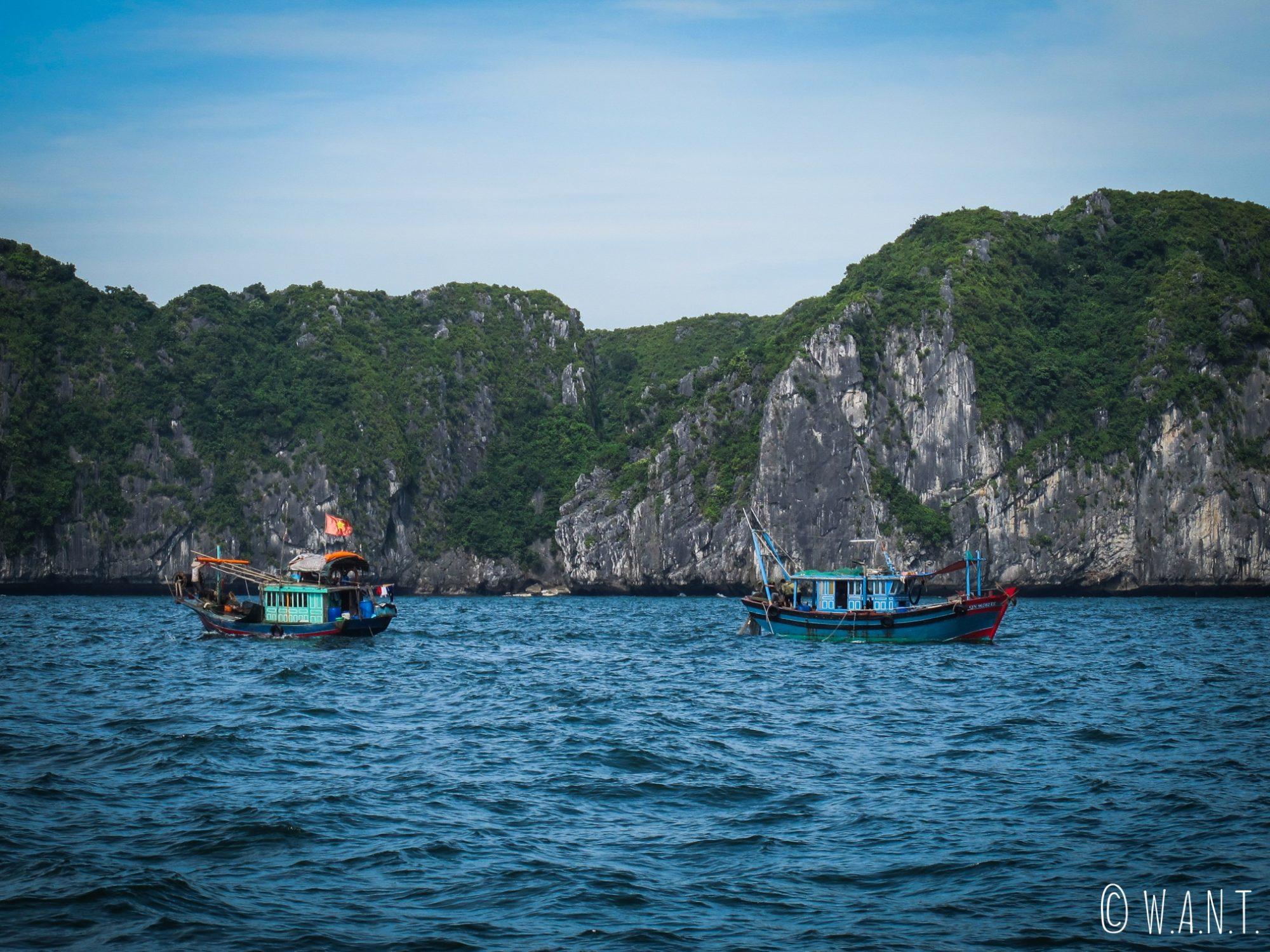 Bateaux de pêcheurs dans la Baie de Lan Ha