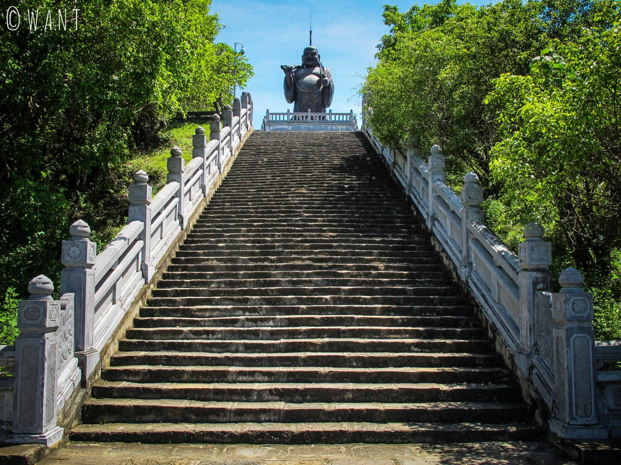 Bouddha rieur à la pagode Bai Dinh de Tam Coc