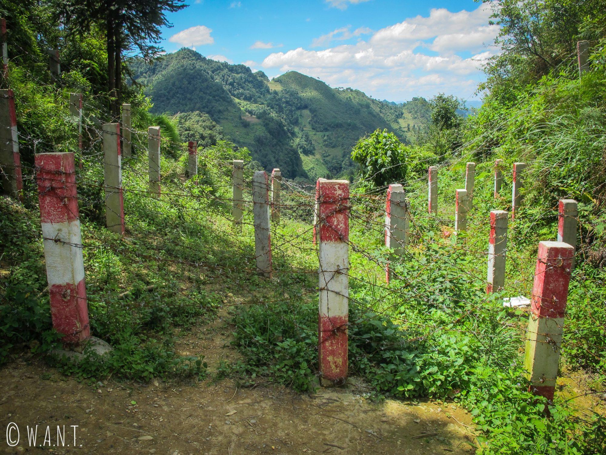 Frontière terrestre entre le Vietnam et la Chine sur la route de Lung Cu