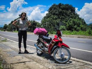 Marion est prête pour notre boucle en moto au nord d'Ha Giang