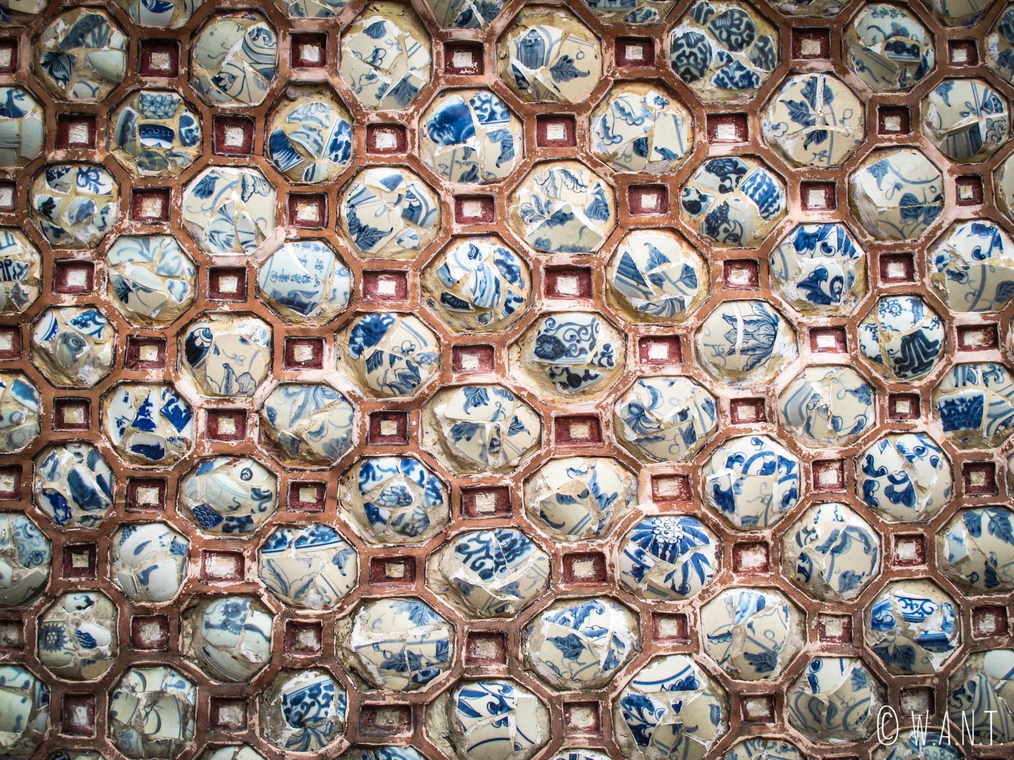 Mosaïque en porcelaine de la Citadelle de Hué