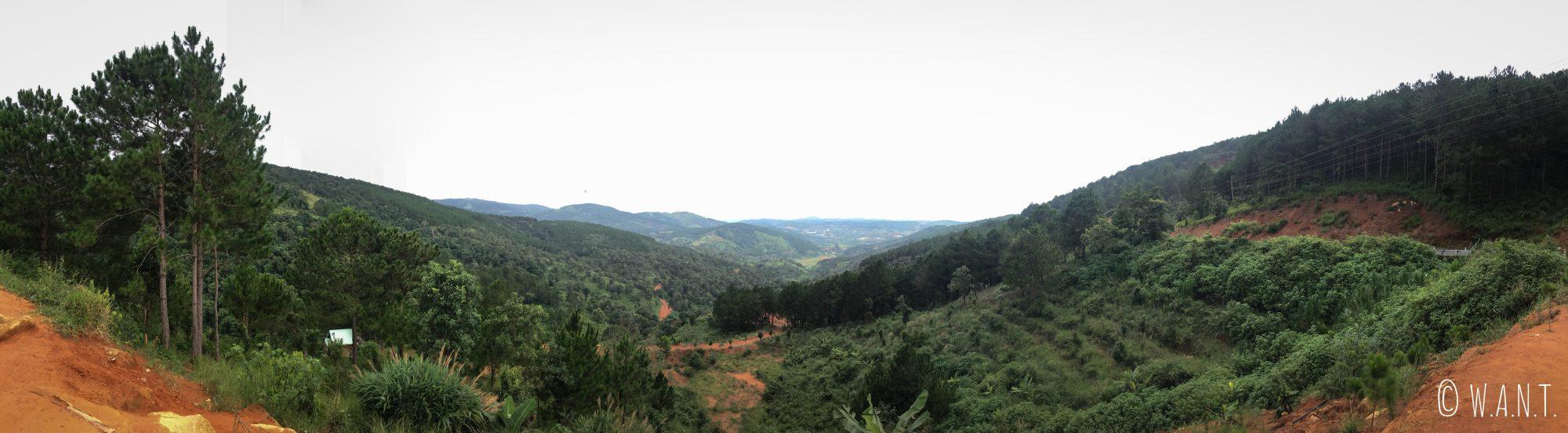 Panorama depuis la route 725 de Da Lat