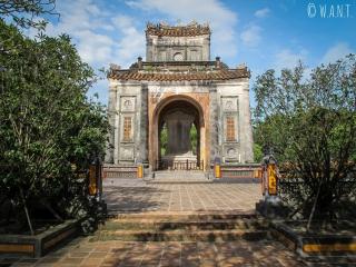 Pavillon de la stèle au Mausolée de Tu Duc de Hué