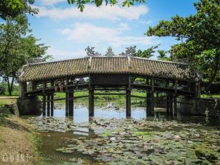 Pont couvert Thanh Toan aux environs de Hué