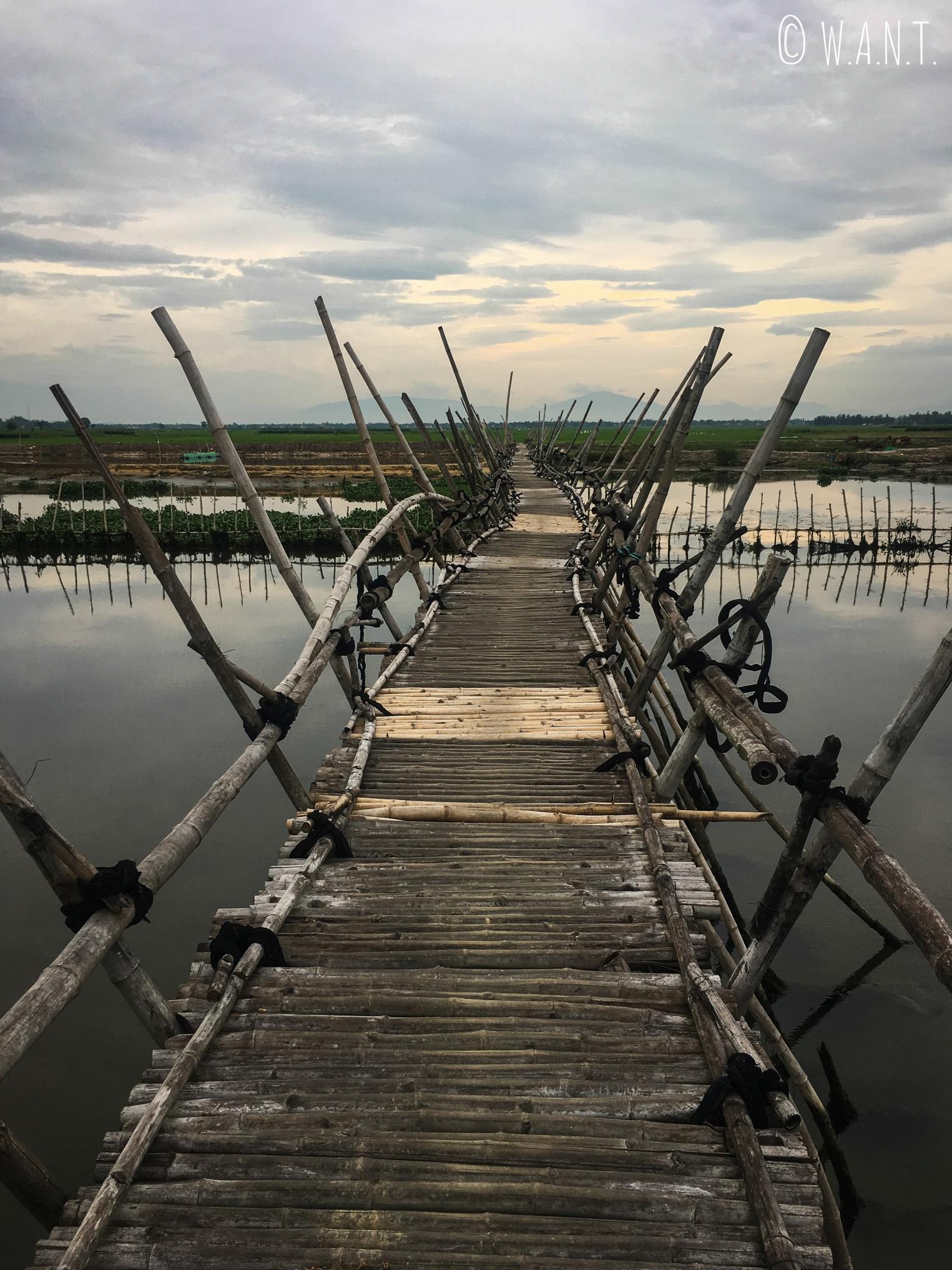 Pont en bambou dans la région de Hoi An