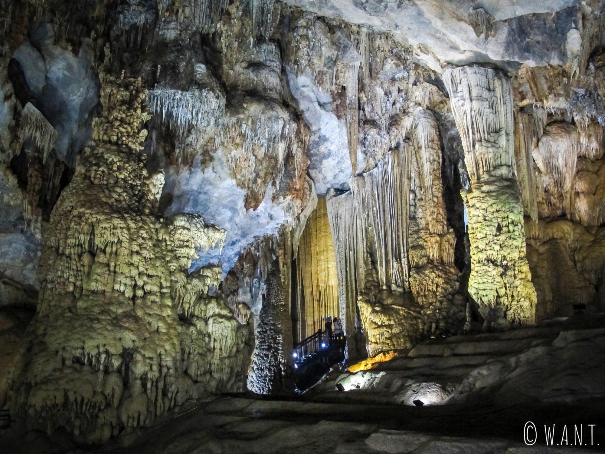 Stalactites de la Paradise Cave à Phong Nha
