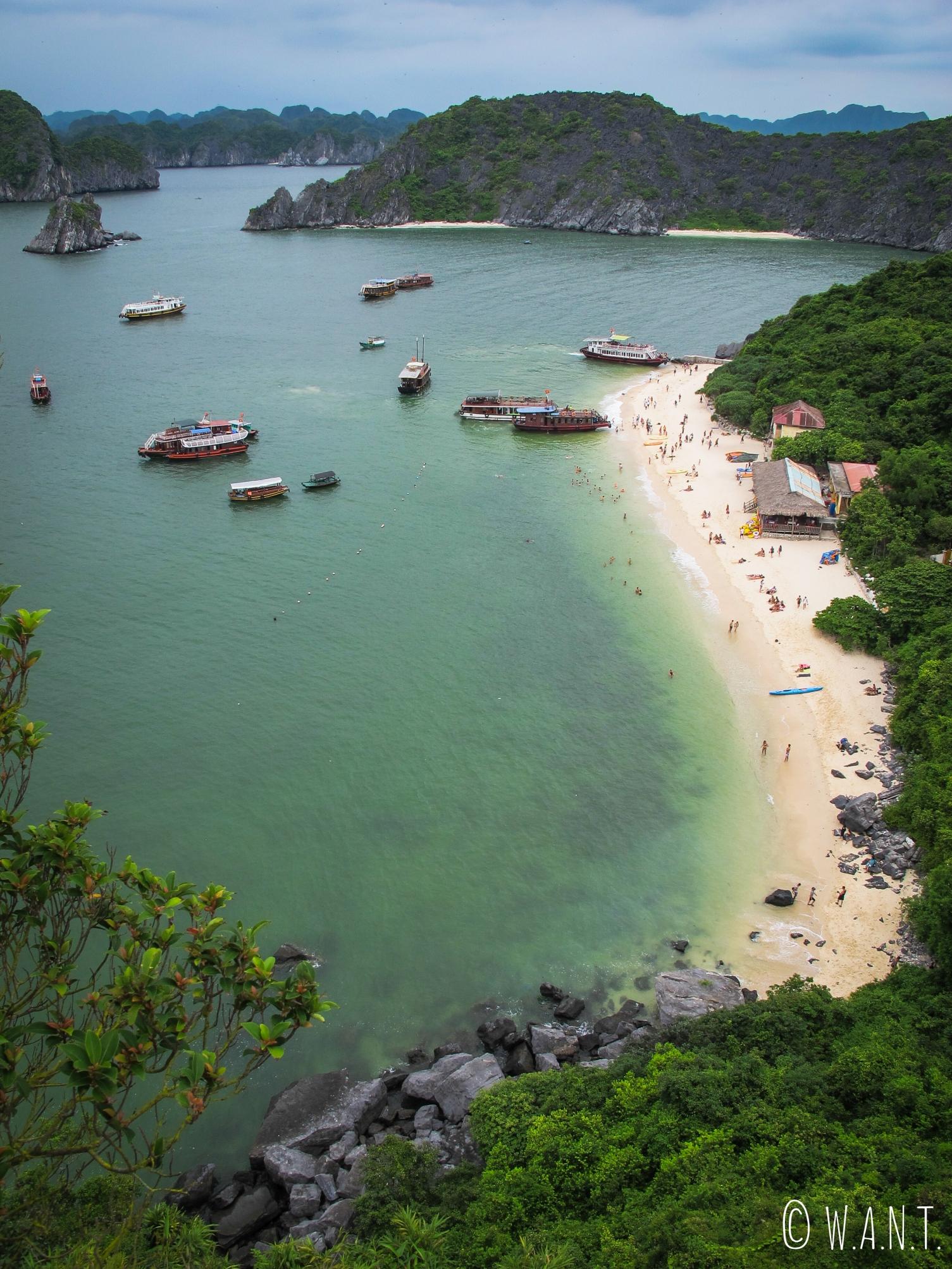 Vue sur la baie depuis le sommet de Monkey Island