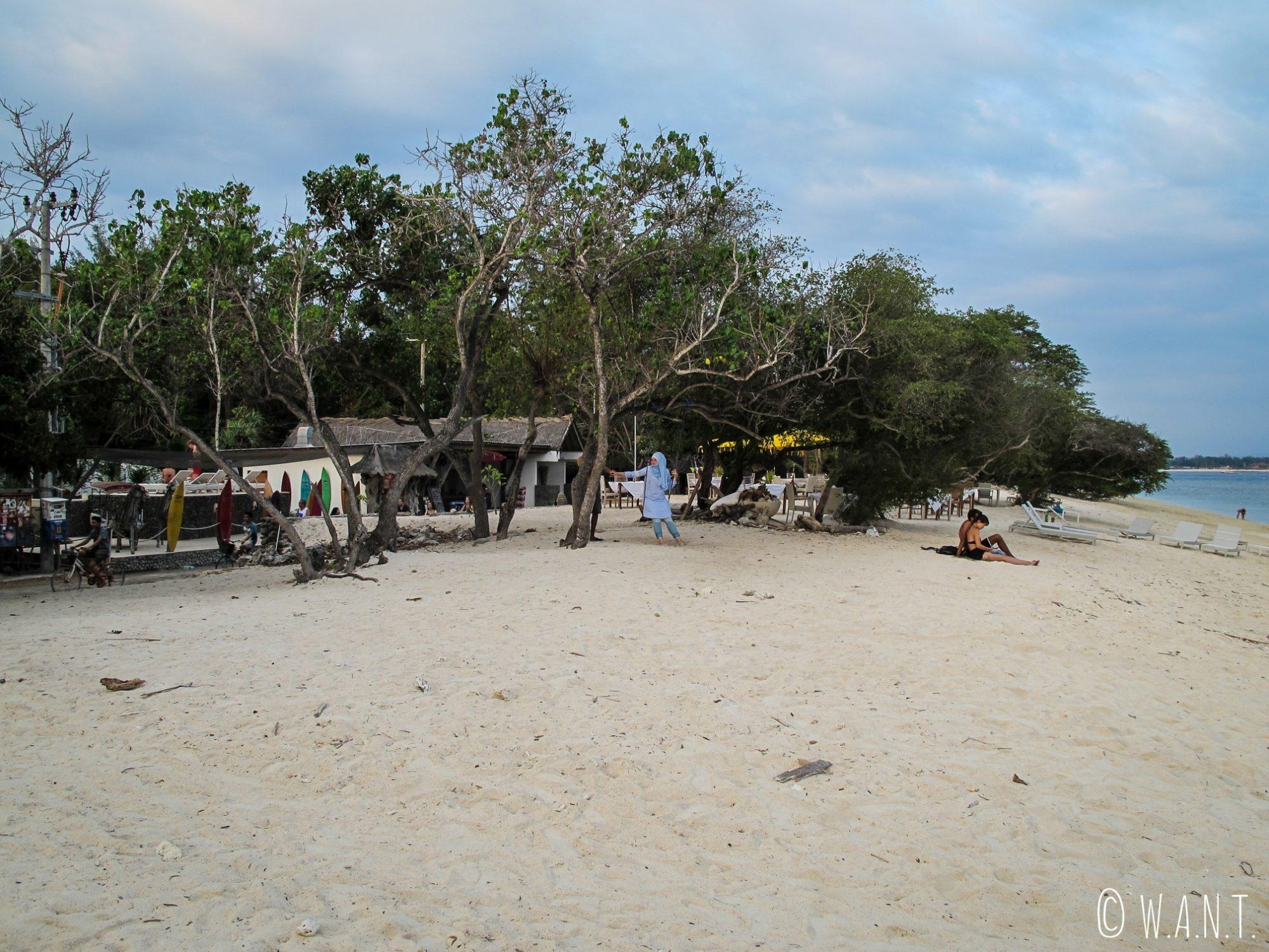 2017 - Plan large de la plage au sud-ouest de Gili Trawangan