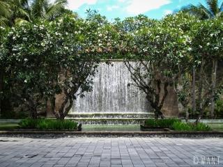 Entrée du Conrad Bali