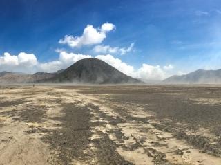 Panorama depuis la caldeira du volcan Bromo