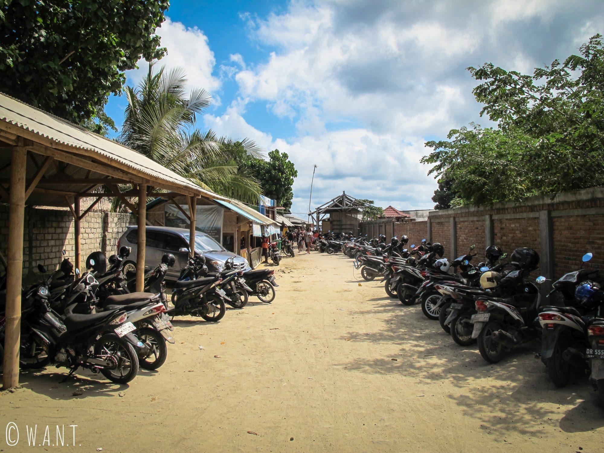 Parking de la plage de Selong Belanak à Lombok