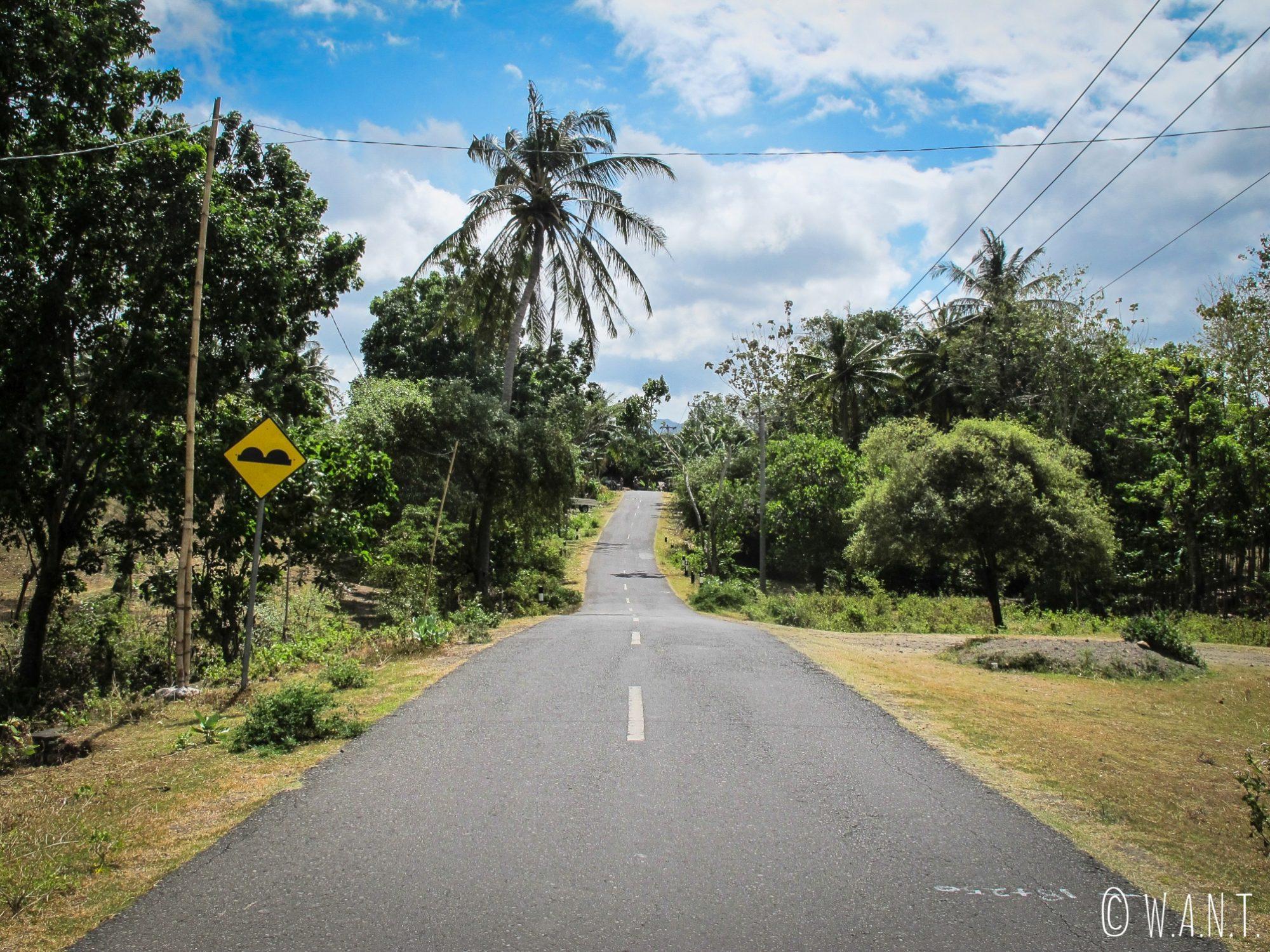 Route dans l'arrière-pays de Kuta Lombok