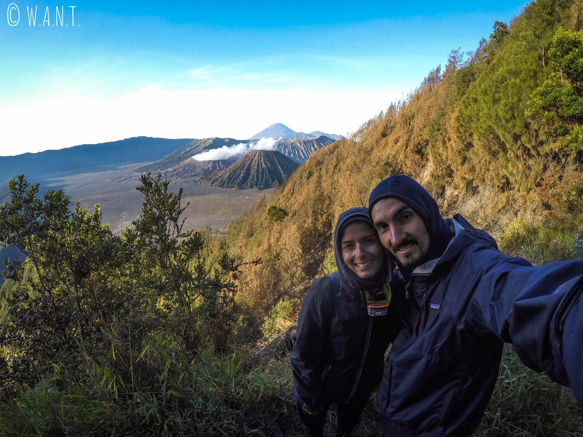 Selfie devant les volcans Bromo, Batok et Semeru