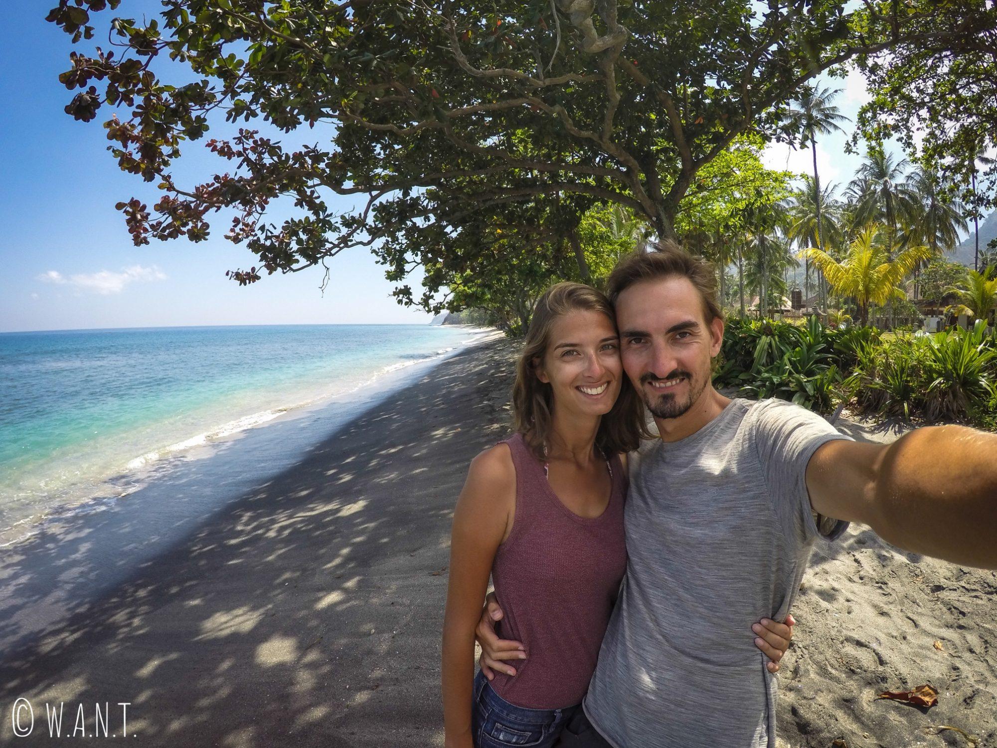 Selfie sur la plage de Mangsit à Lombok