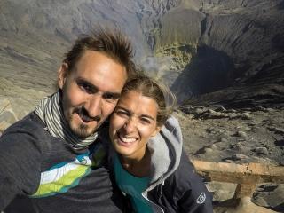 Selfie sur le cratère du volcan Bromo