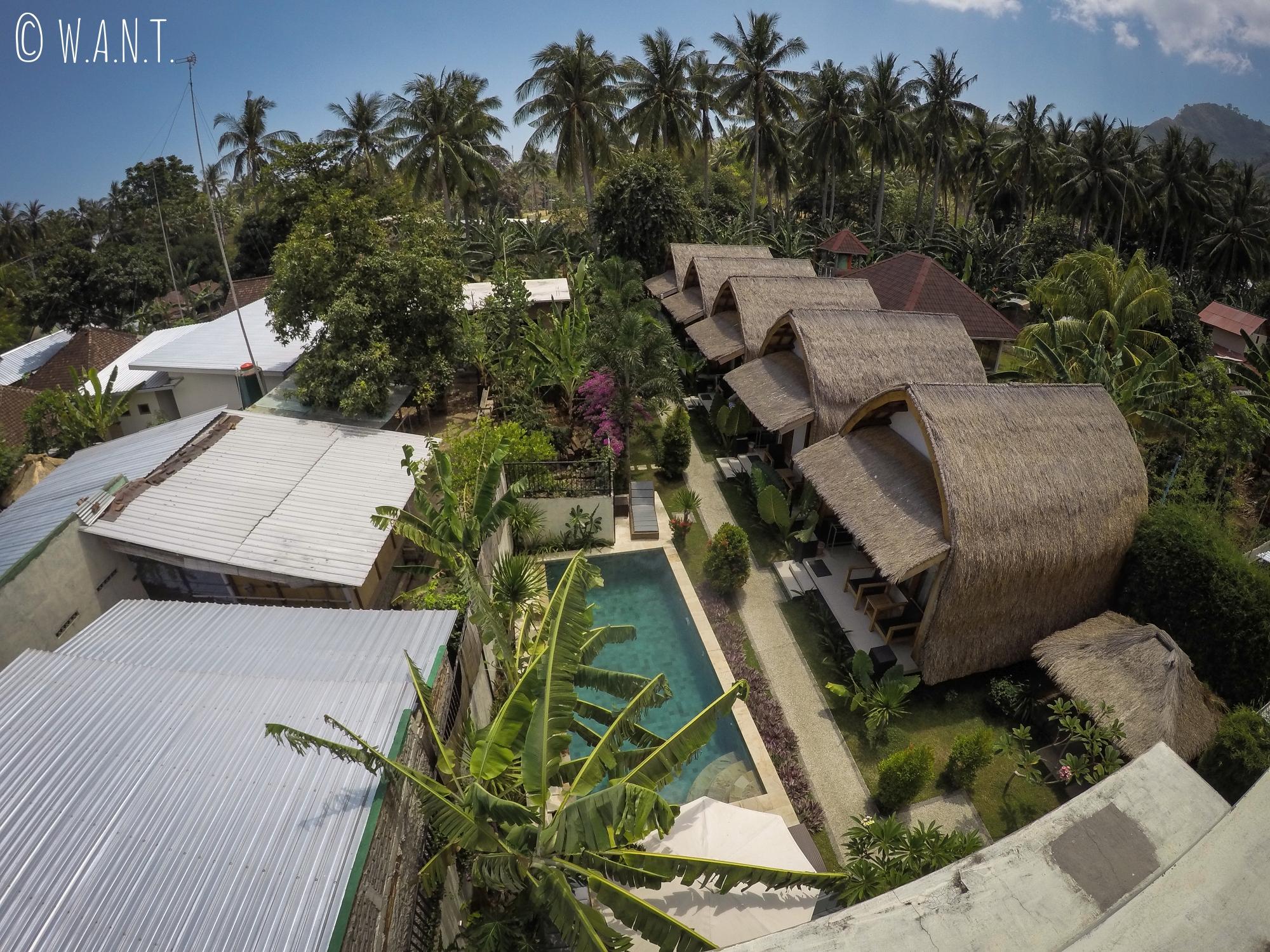 Vue aérienne du Teras Lombok Bungalows à Senggigi