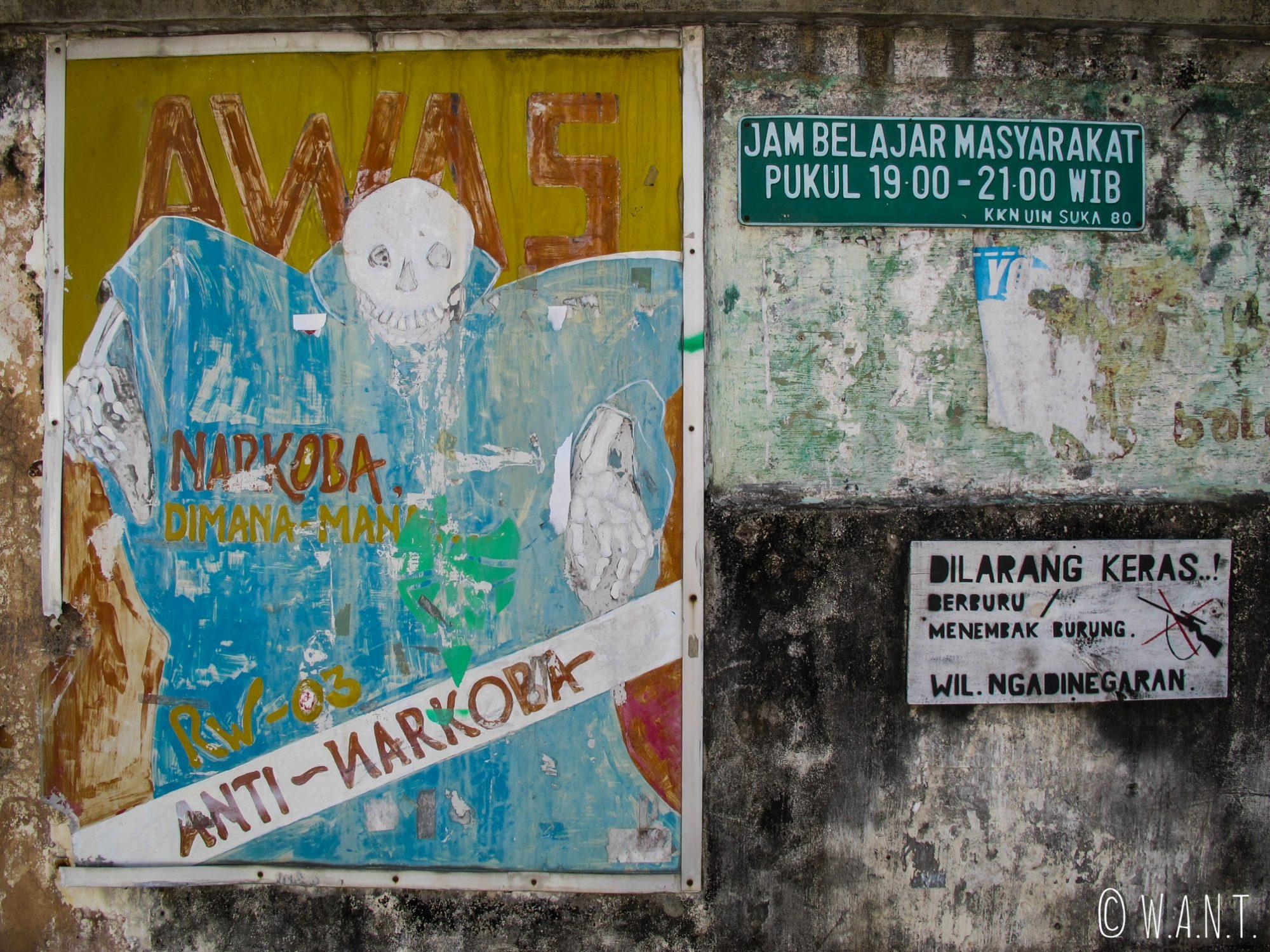 Affiche dans les rues de Yogyakarta