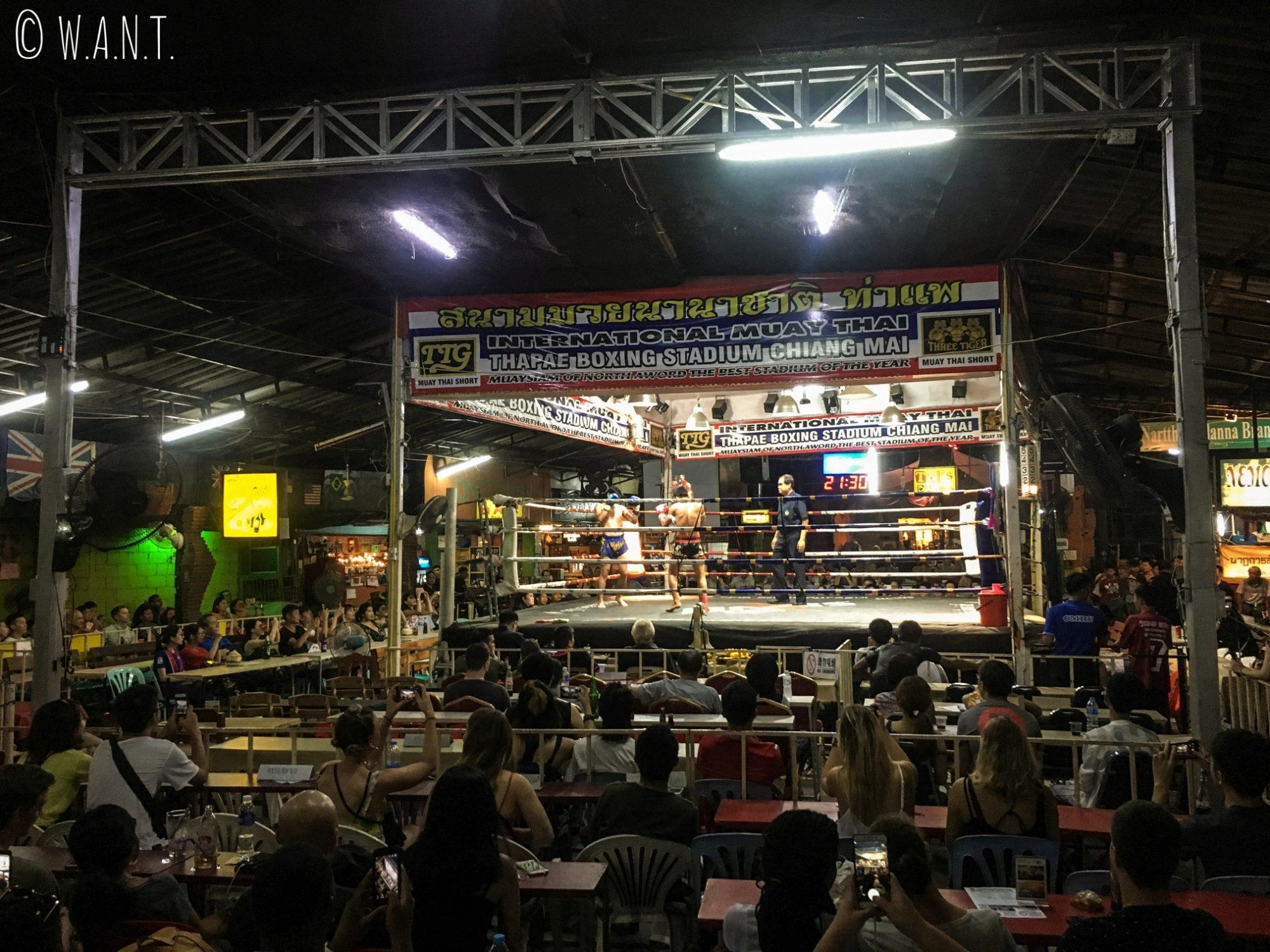 Arène du Thaphae Boxing Stadium de Chiang Mai
