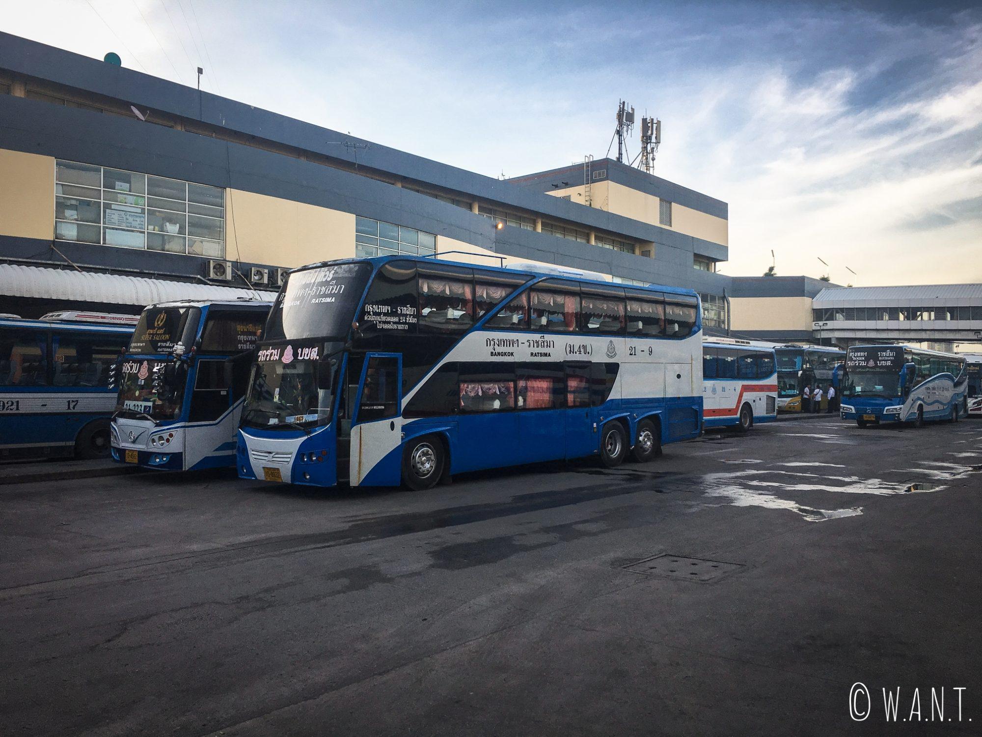 Bus nous conduisant de Bangkok à Sukhothai