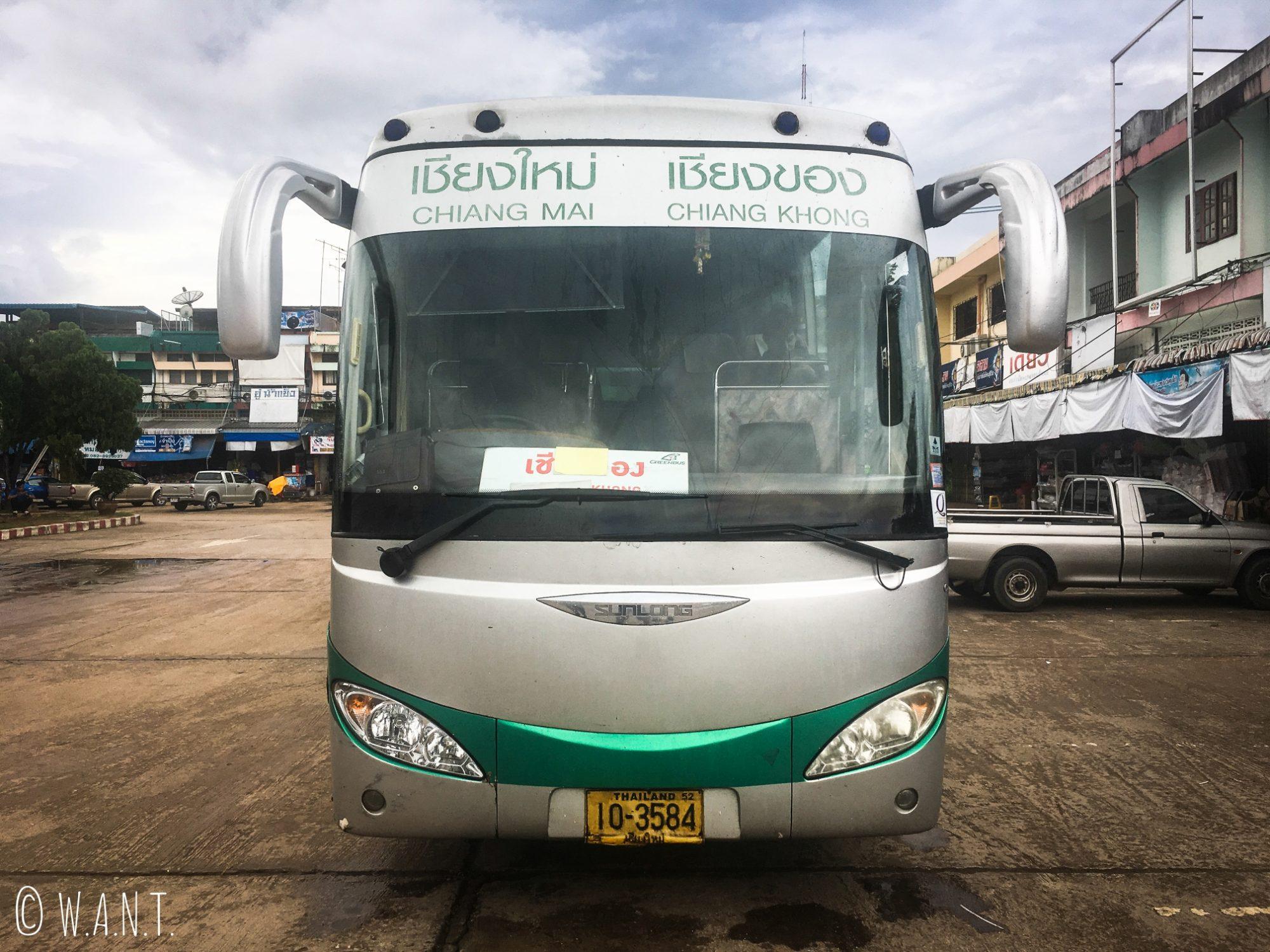Bus nous conduisant de Chiang Mai à Chiang Khong
